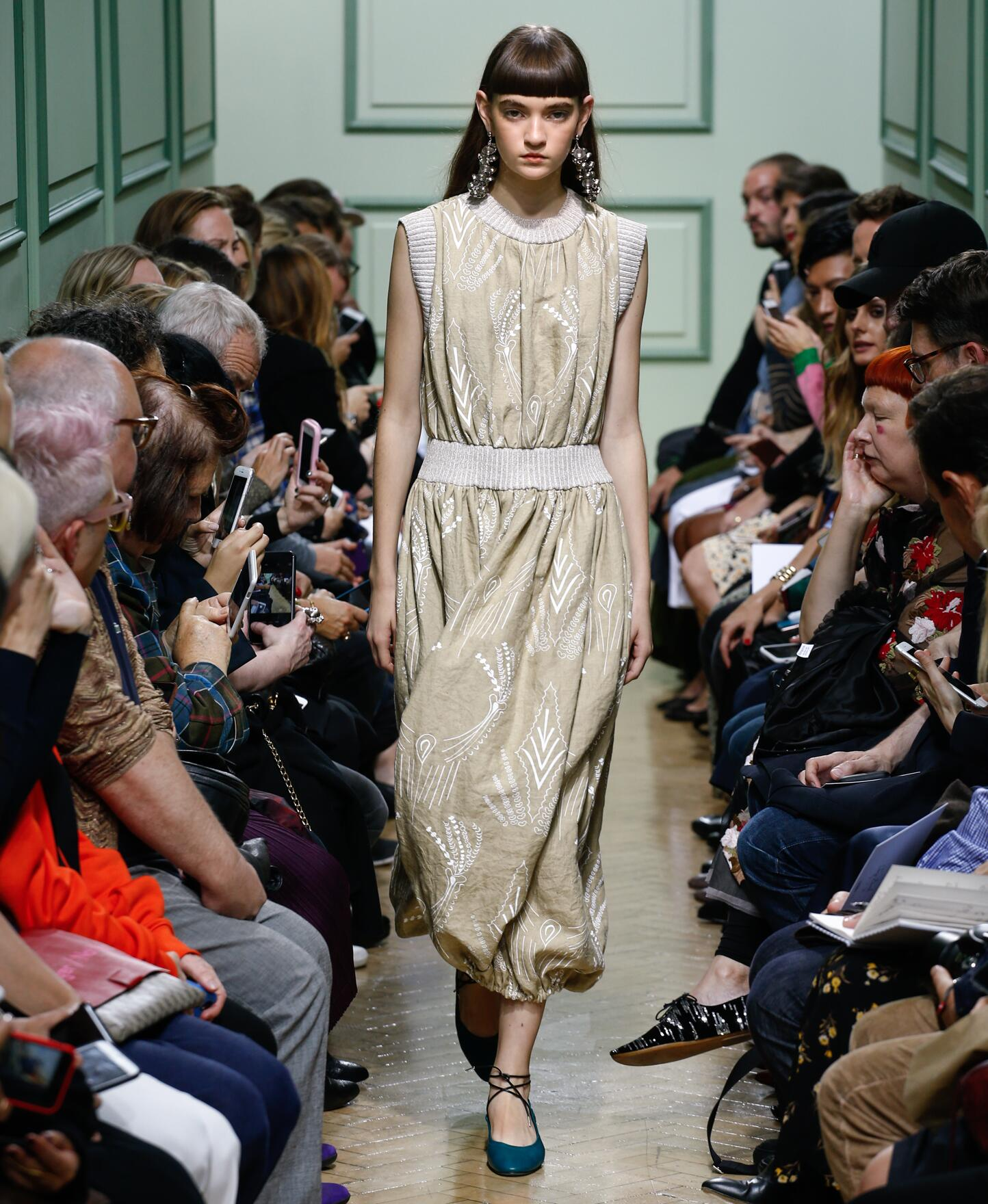 Spring Fashion 2017 J.W. Anderson