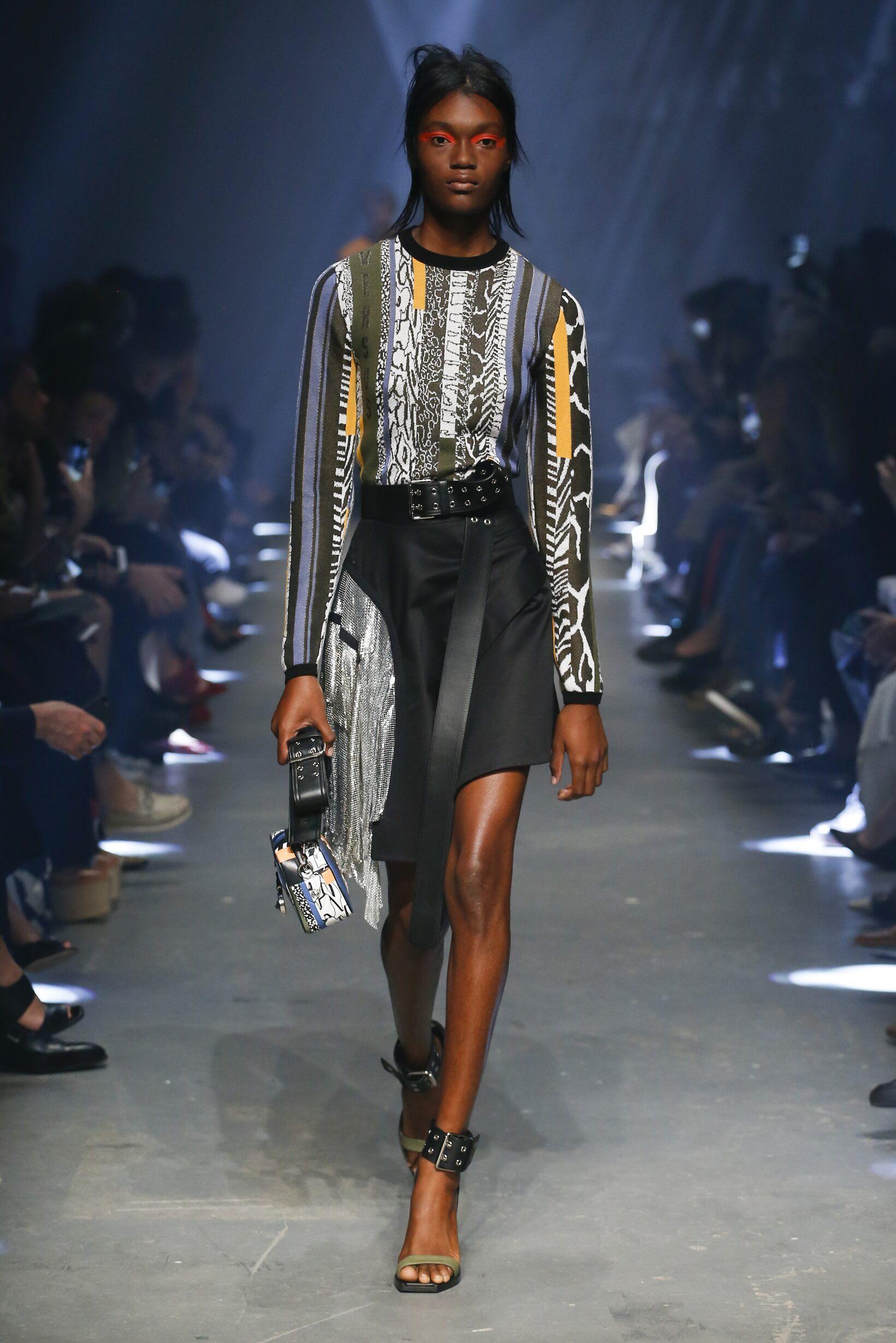 Spring Fashion 2017 Versus Versace