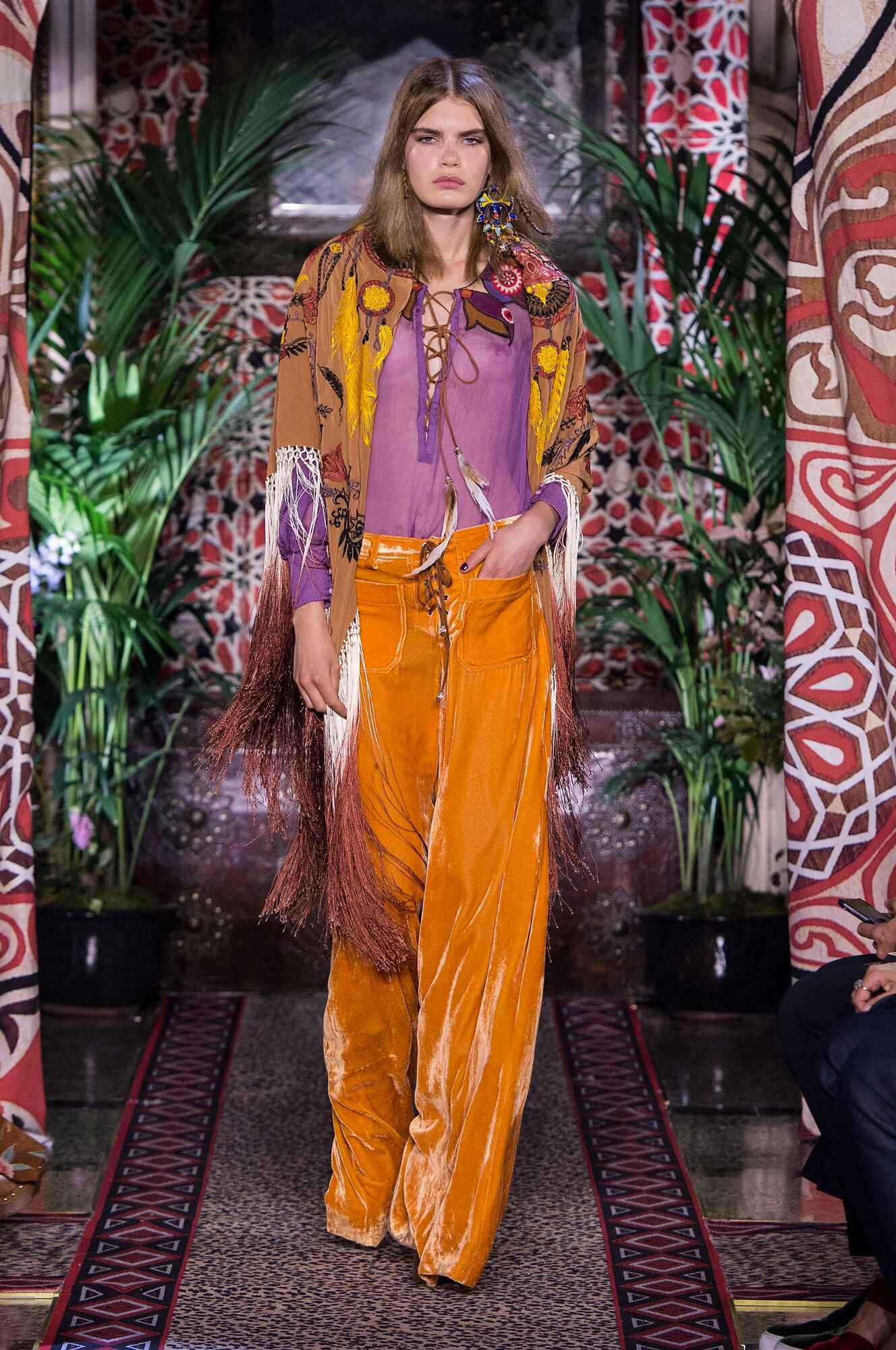 Spring Summer 2017 Woman Milan Roberto Cavalli Collection