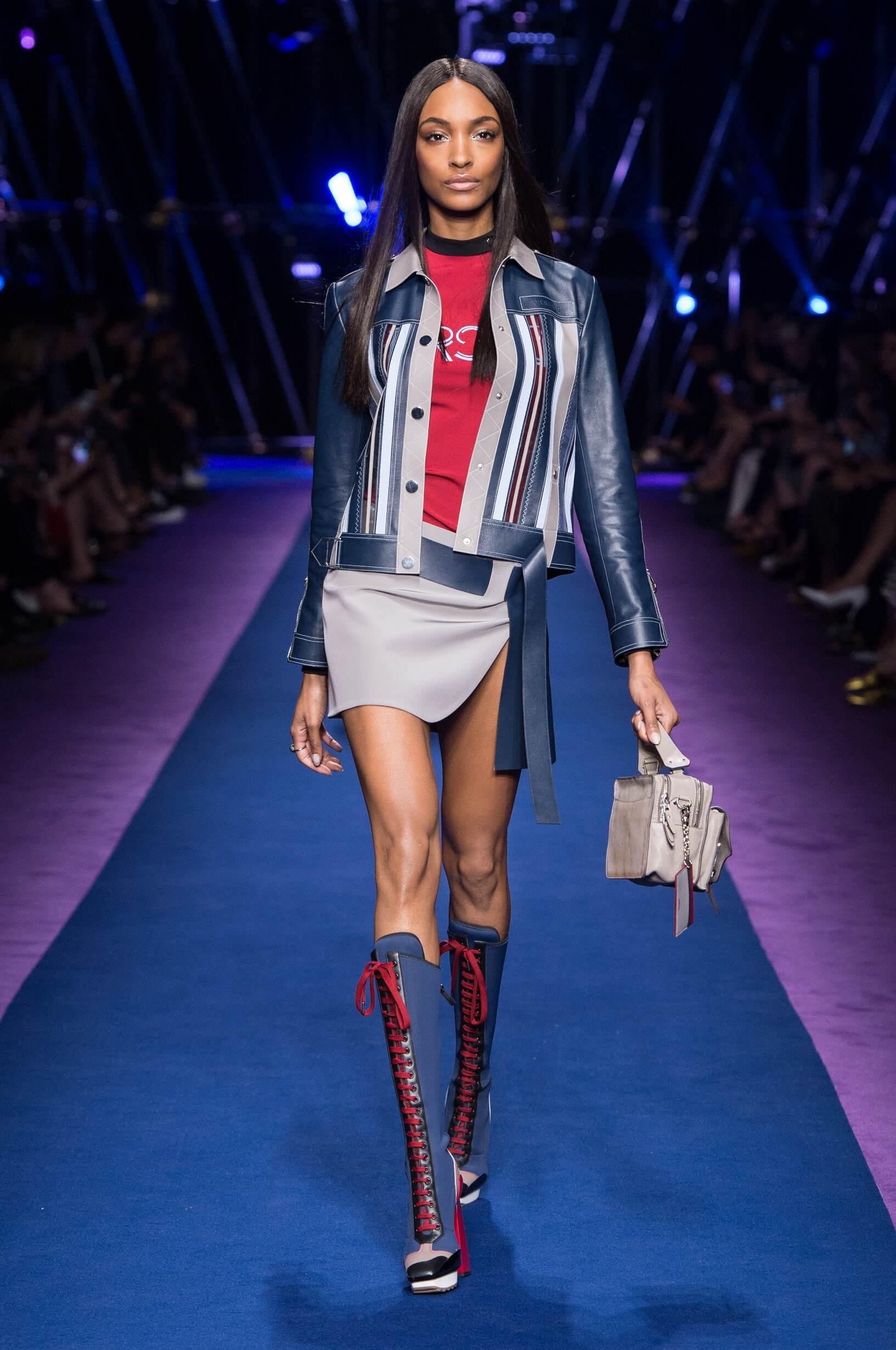 Spring Summer 2017 Woman Milan Versace Collection