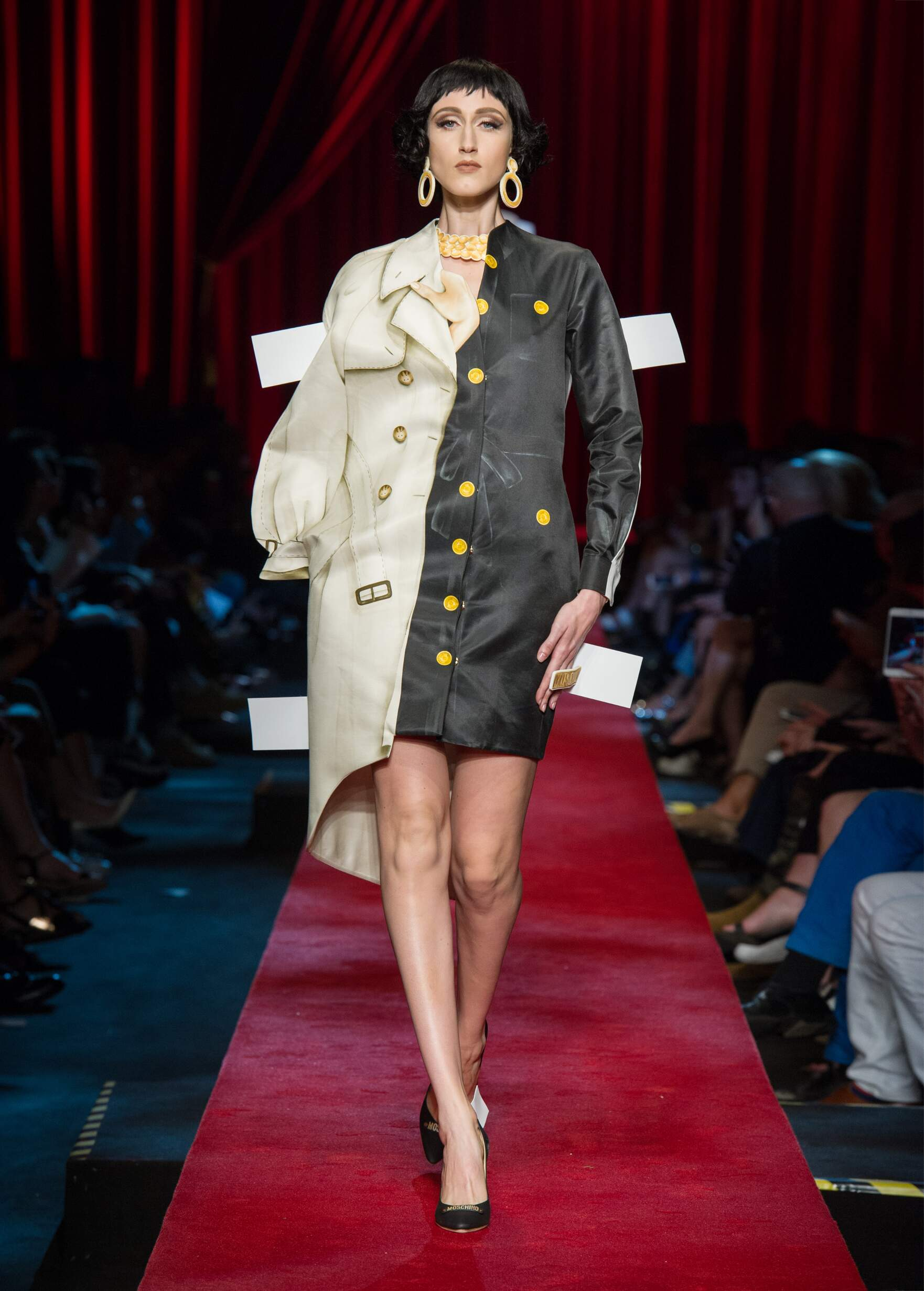 Summer 2017 Woman Trends Moschino