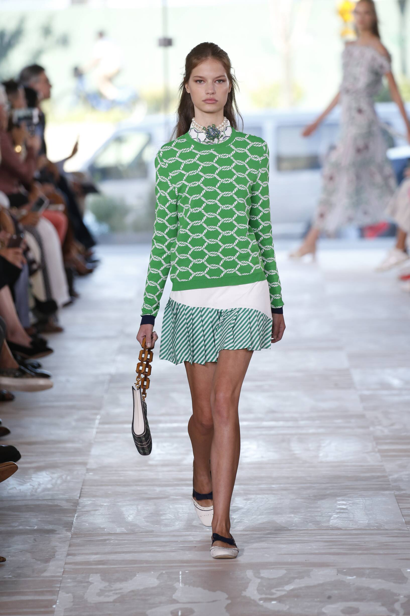 Summer 2017 Woman Trends Tory Burch