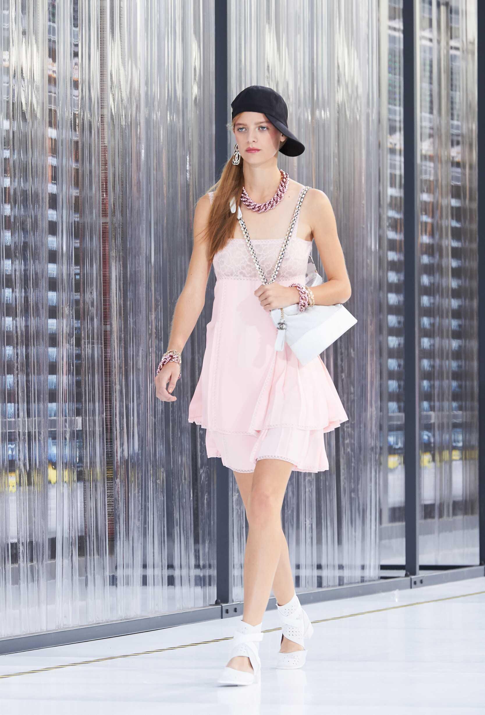 2017 Chanel Summer Runway Show Woman