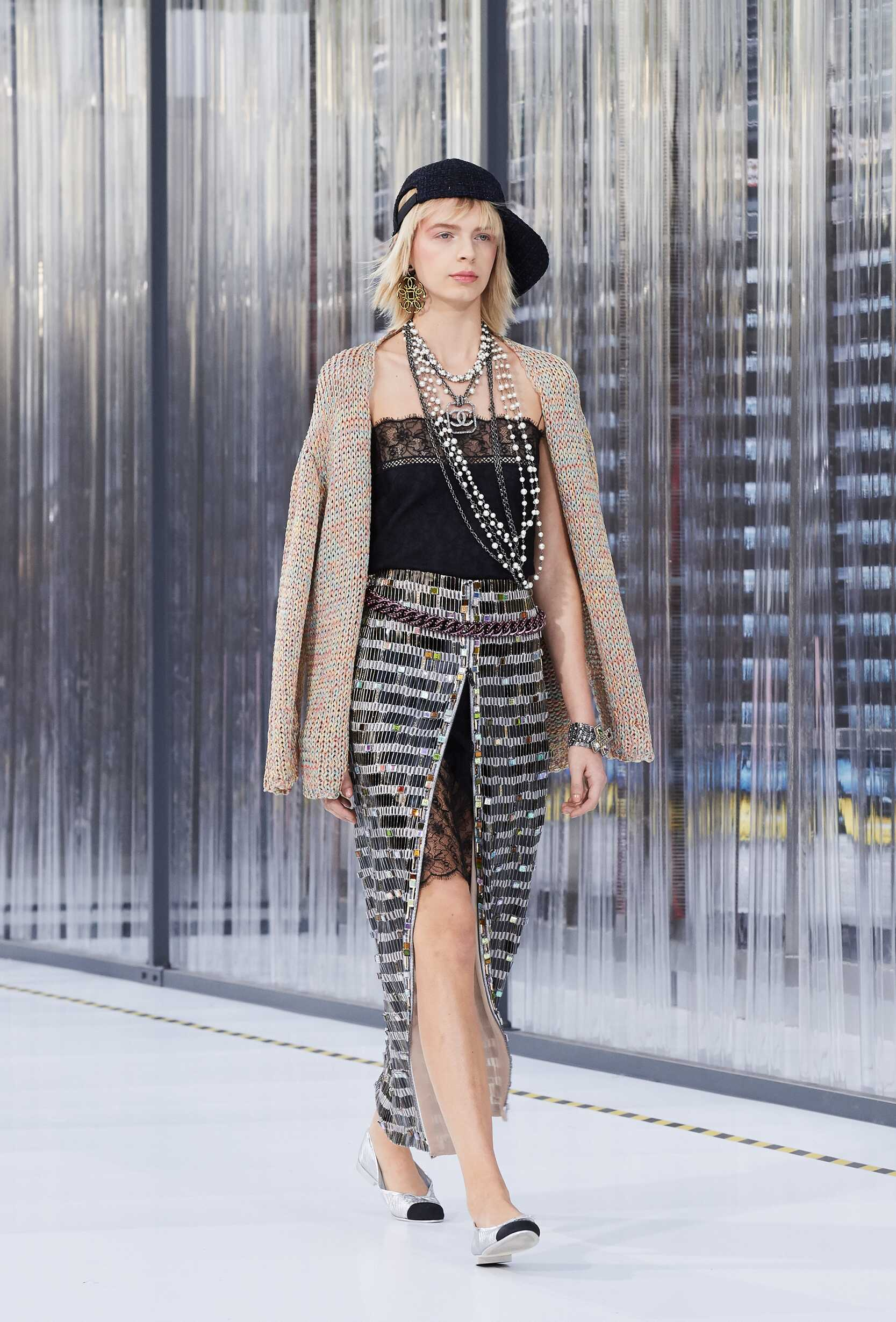 2017 Chanel Trends Paris Fashion Week