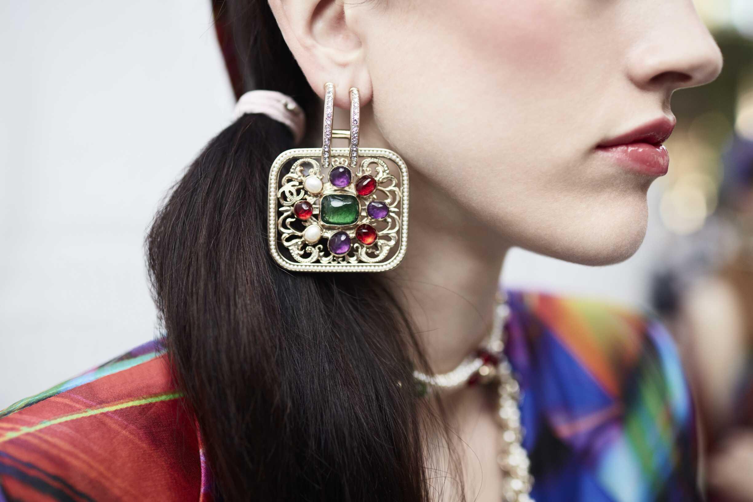 2017 Jewel Detail Chanel