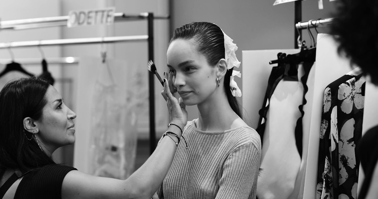 Backstage Emanuel Ungaro Fashion Model Make-Up Paris