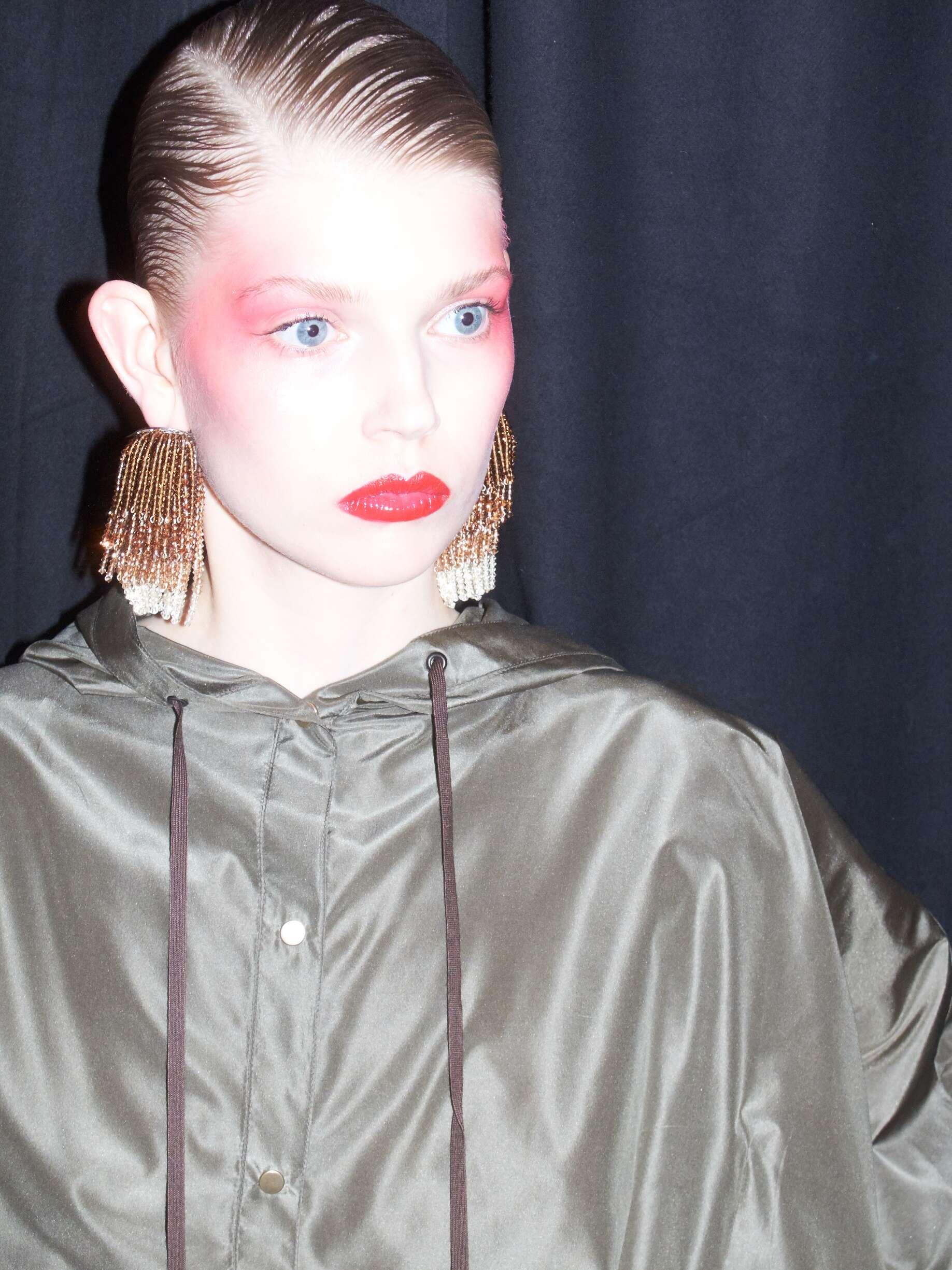 Backstage Kenzo Model