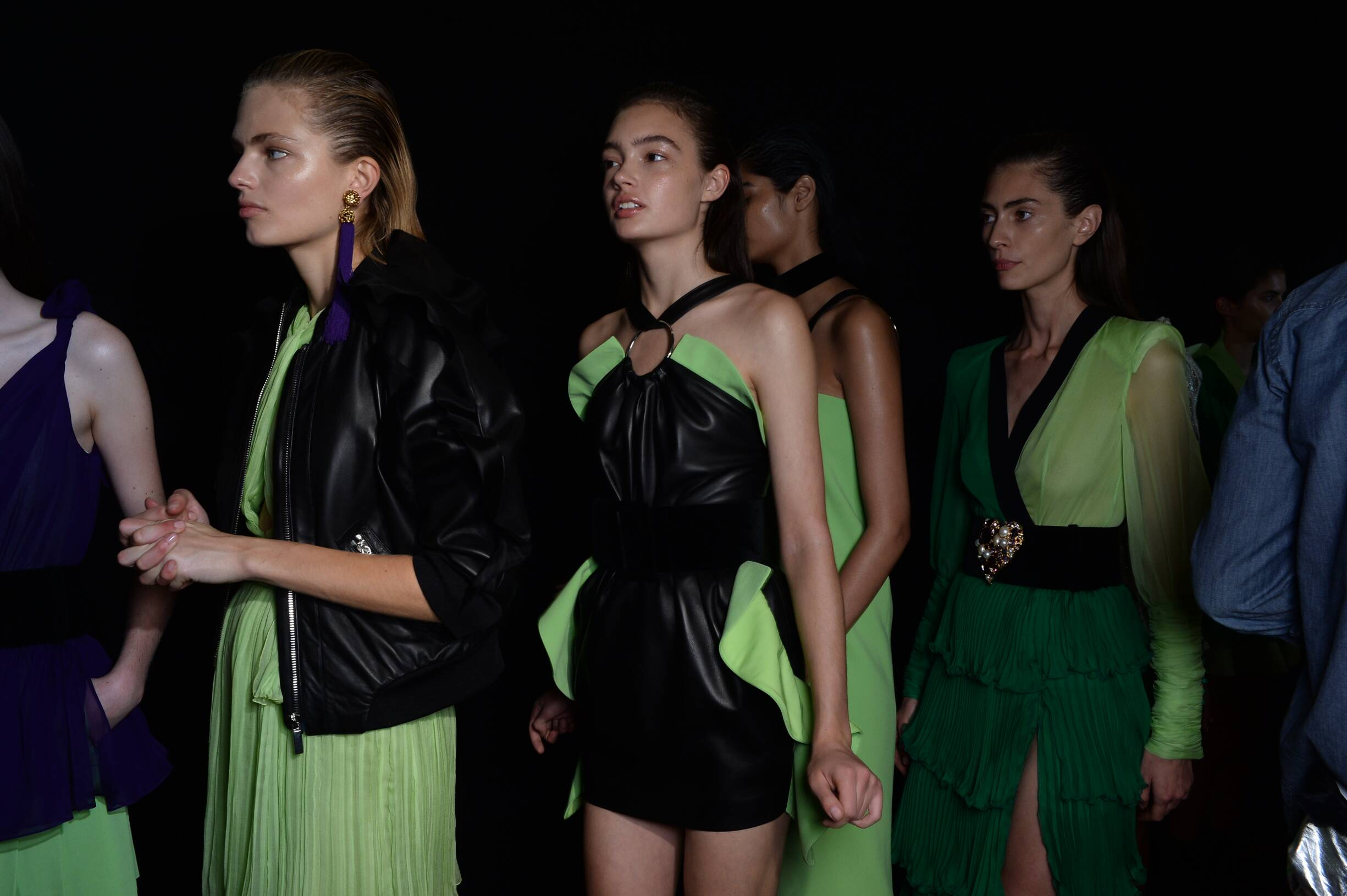 Backstage Women Emanuel Ungaro Models