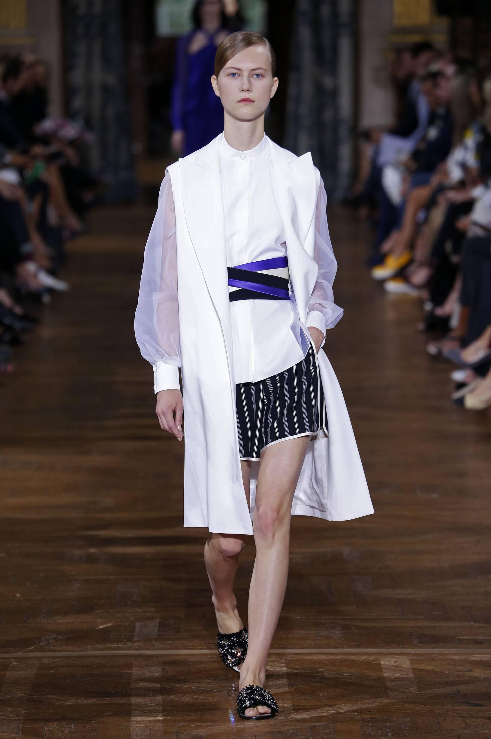 Catwalk Lanvin Woman Fashion Show Summer 2017