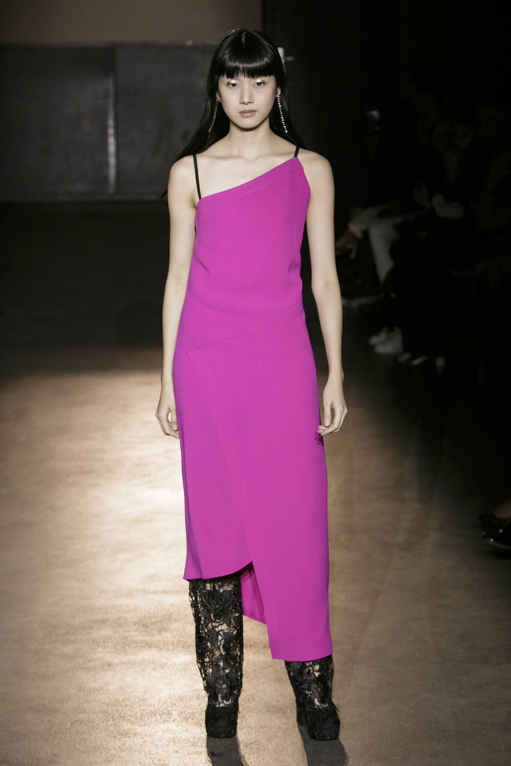 Catwalk Lutz Huelle Woman Fashion Show Summer 2017