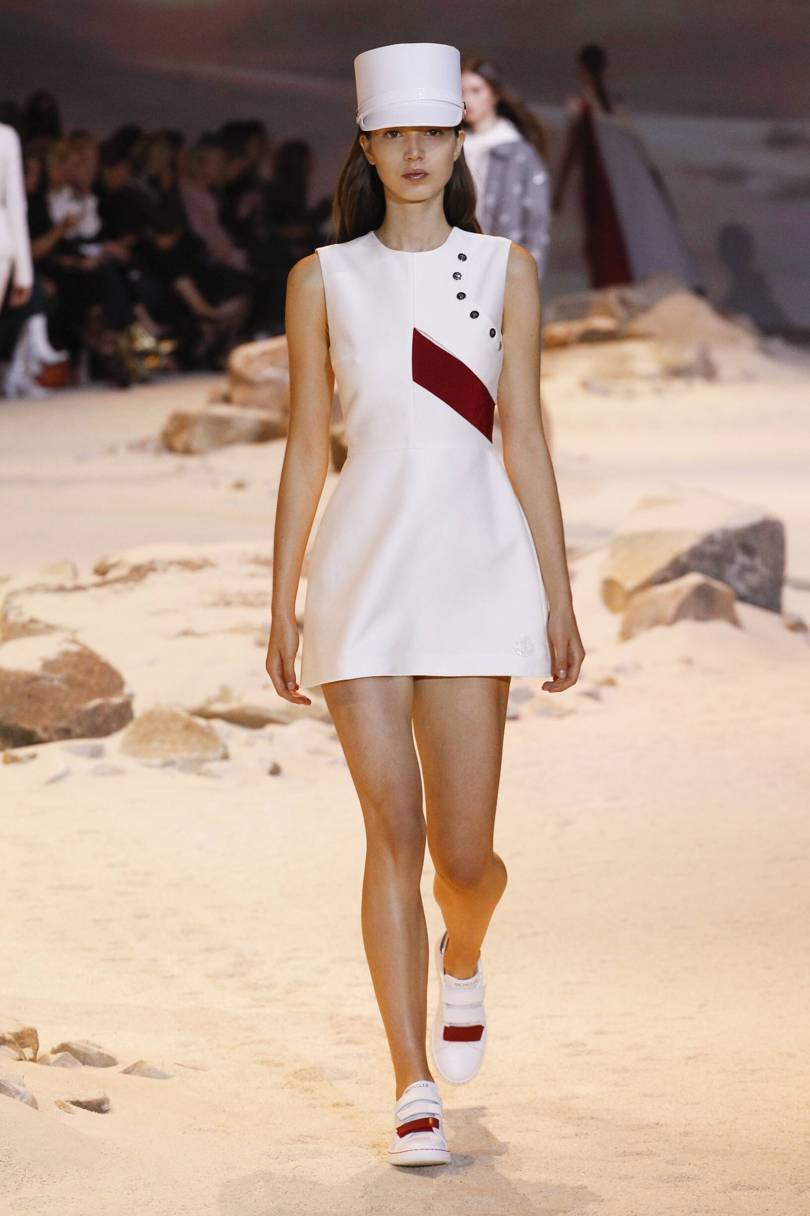 Catwalk Moncler Gamme Rouge