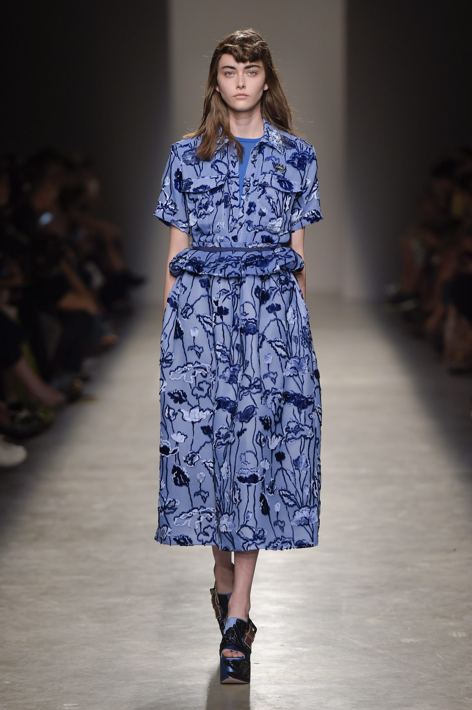 Catwalk Rochas Woman Fashion Show Summer 2017