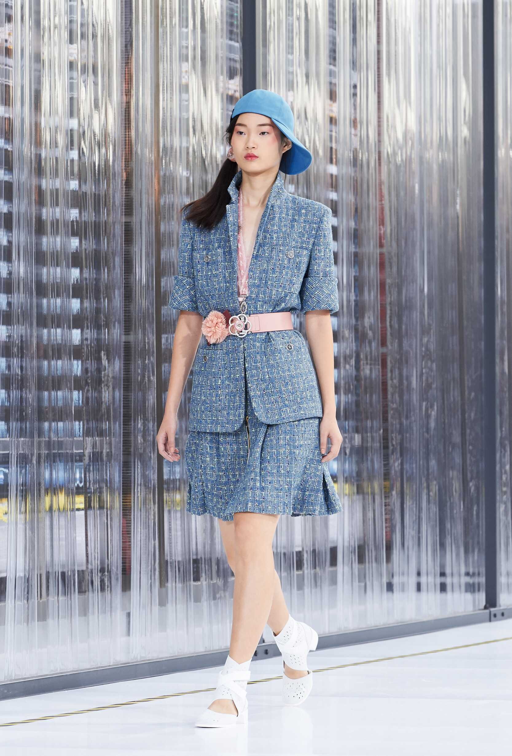 Spring-summer Chanel advise to wear for autumn in 2019