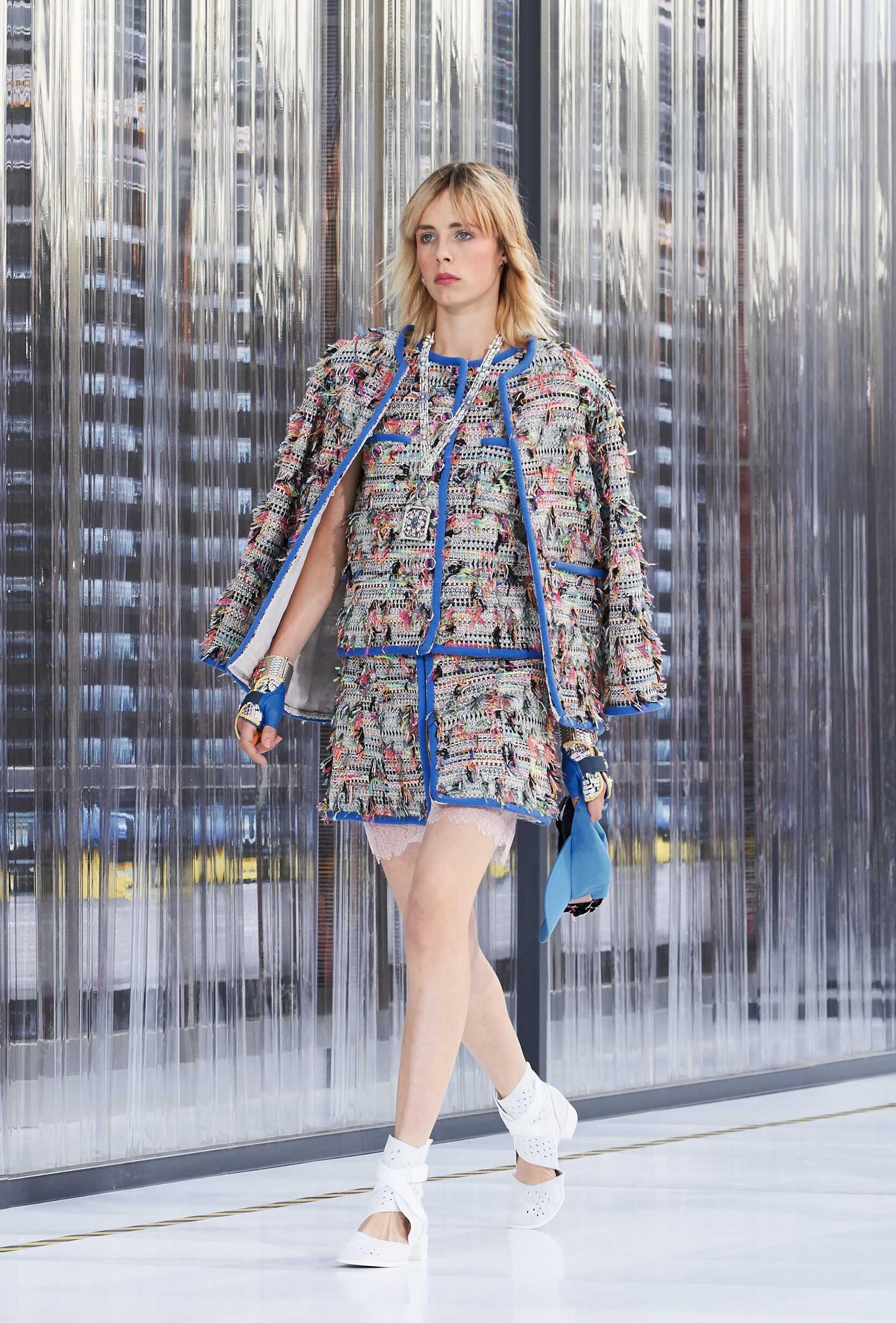 Chanel Woman 2017