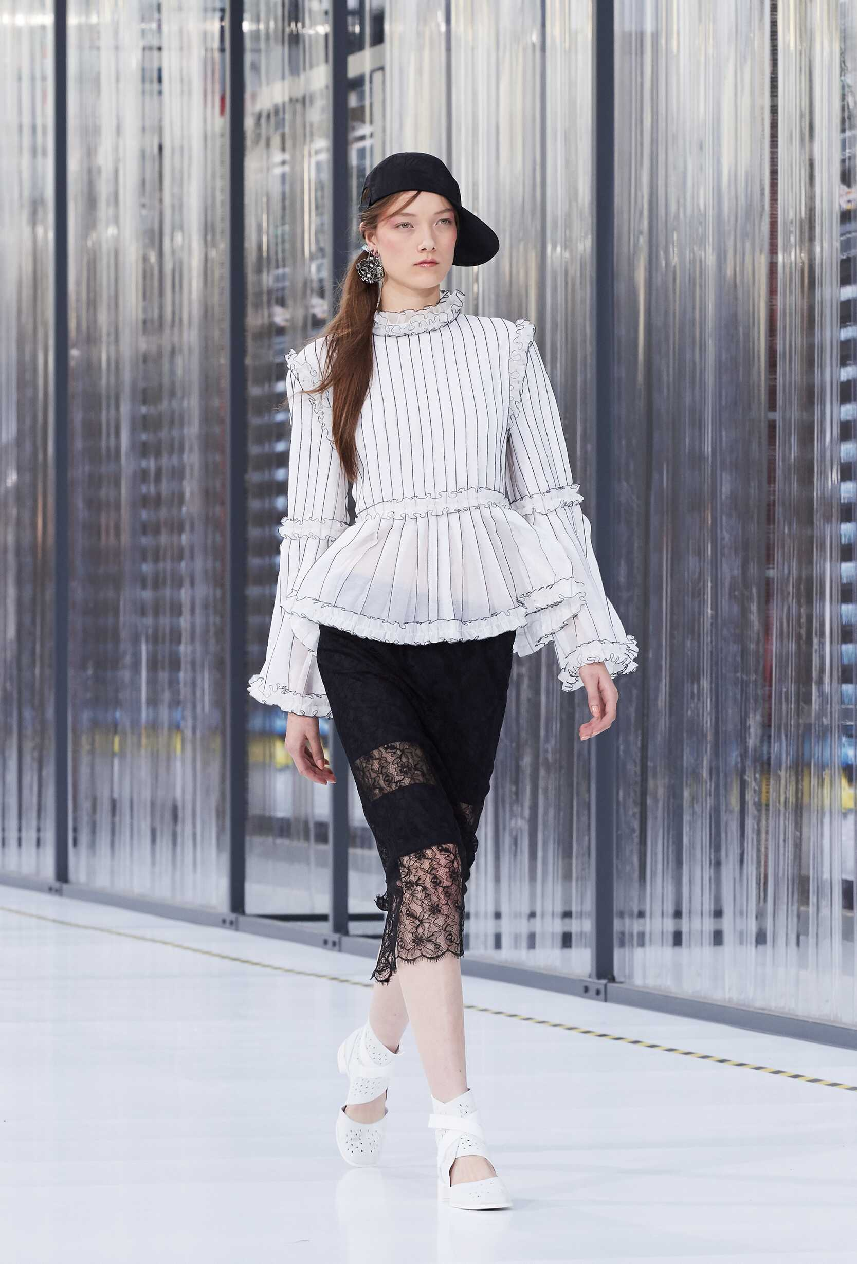 Chanel Womenswear Collection Trends Summer