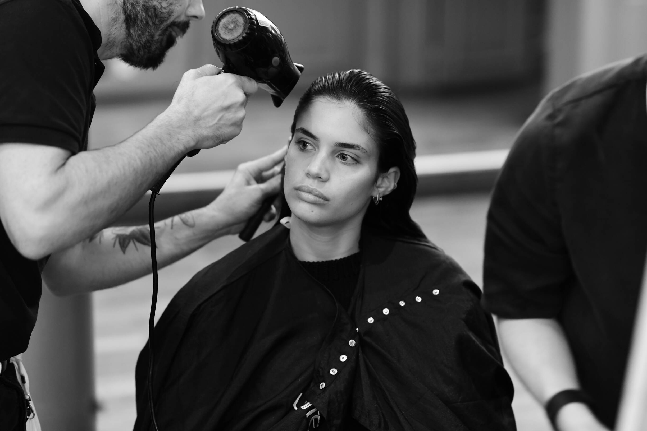 Emanuel Ungaro Backstage Fashion Model Hair Style Paris