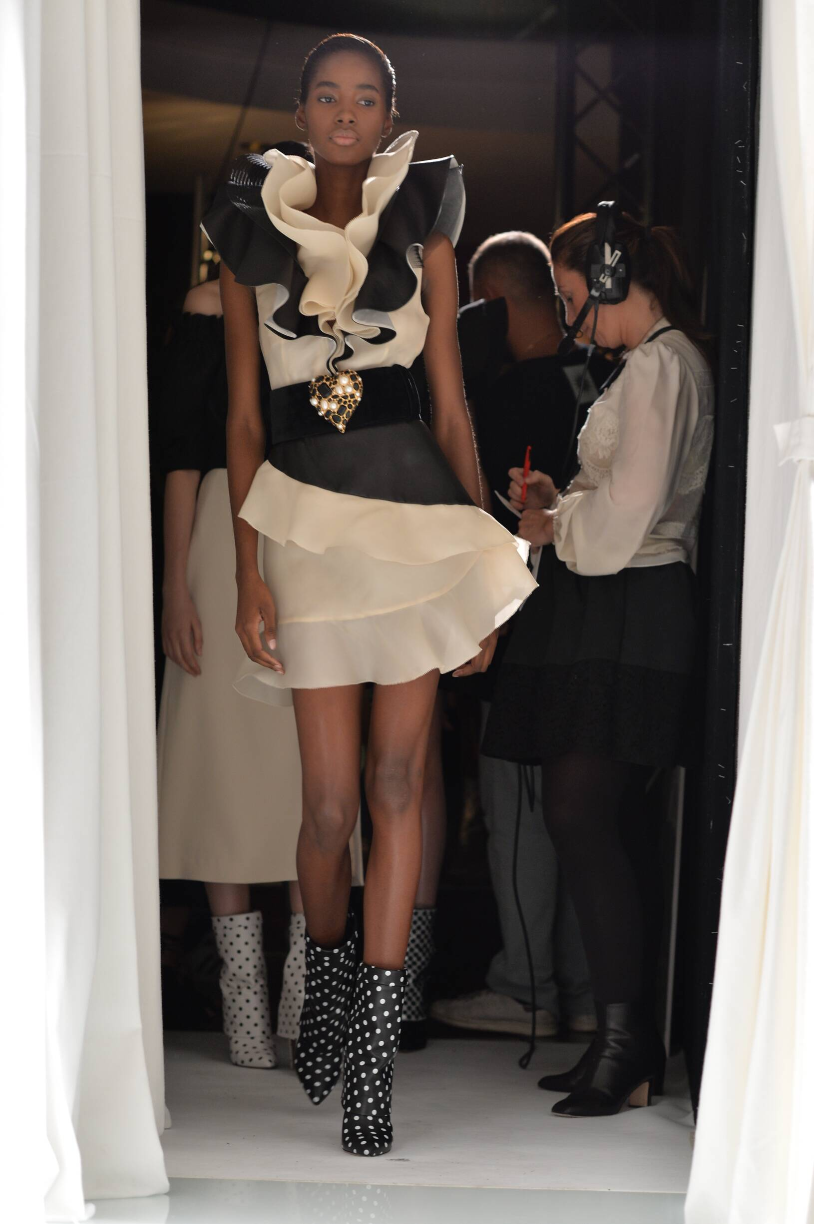 Emanuel Ungaro Backstage Fashion Model Womenswear