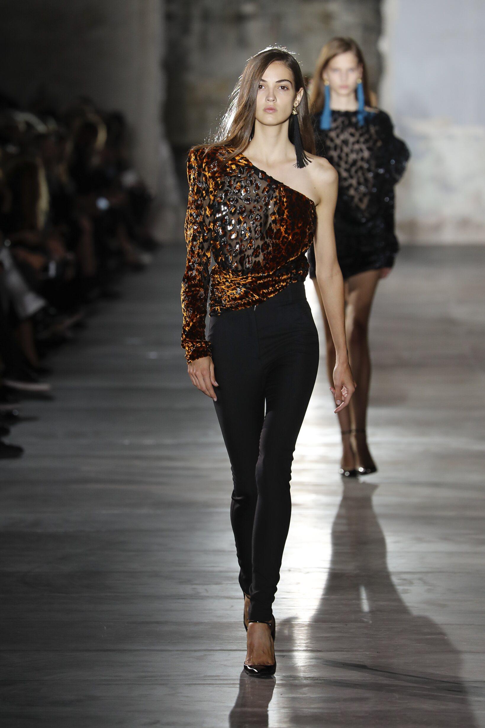 Fashion 2017 Woman Style Saint Laurent