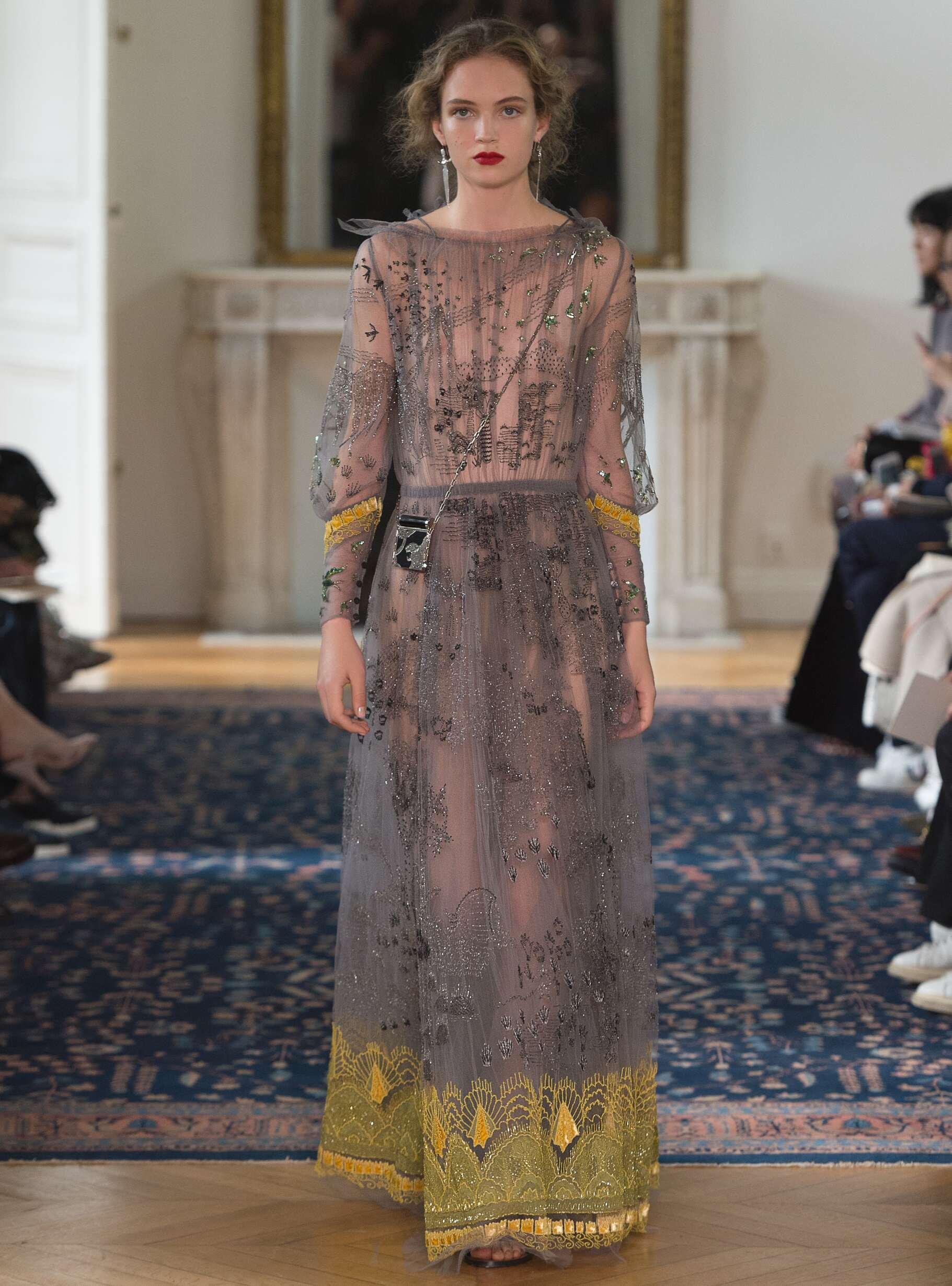 Fashion 2017 Womens Style Valentino
