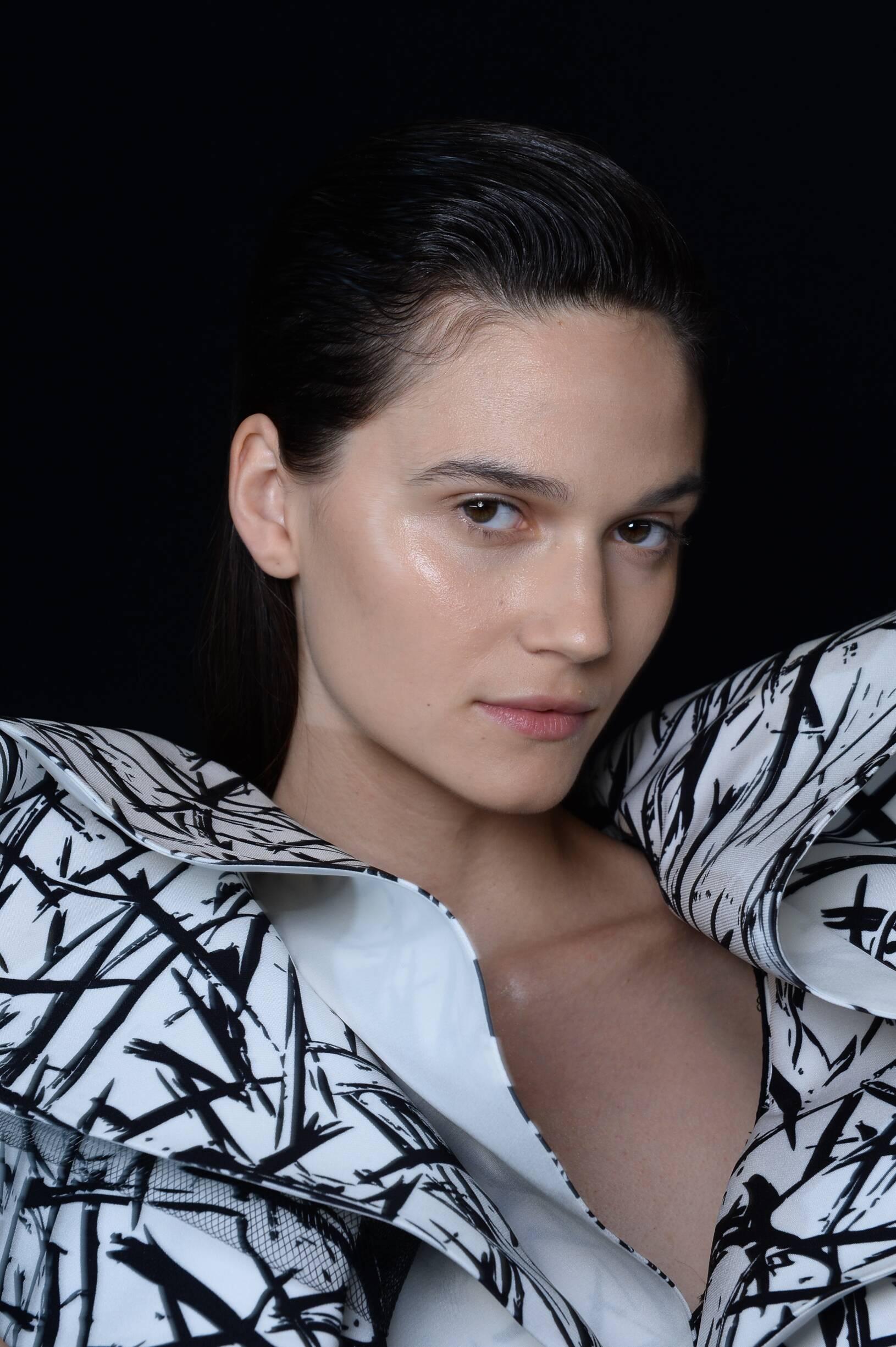 Fashion Model Emanuel Ungaro Womenswear Backstage