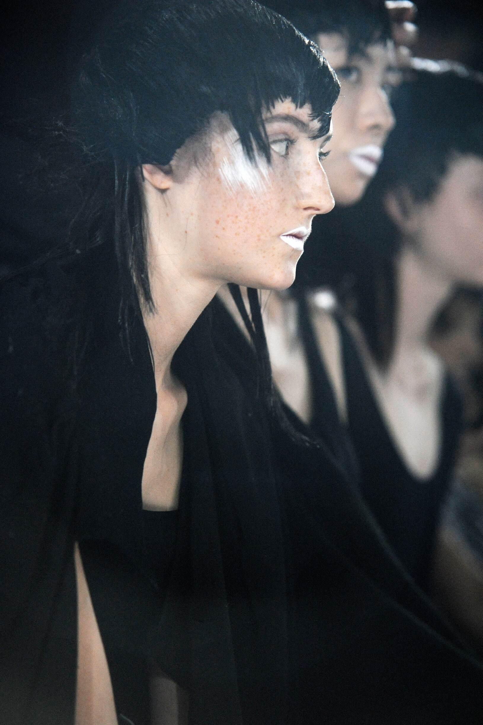 Fashion Models Yohji Yamamoto Womenswear Backstage
