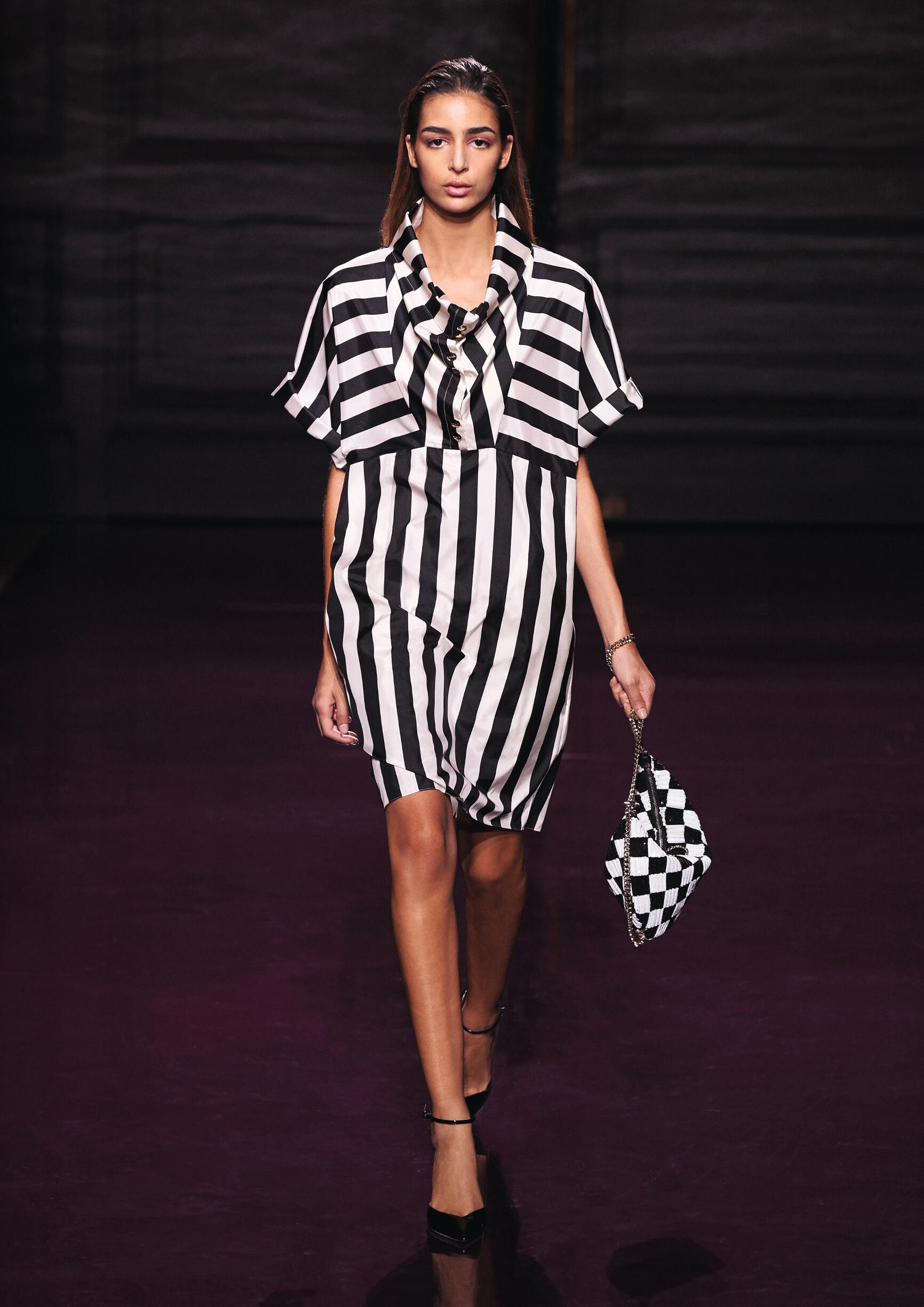 Fashion Woman Model Nina Ricci Catwalk