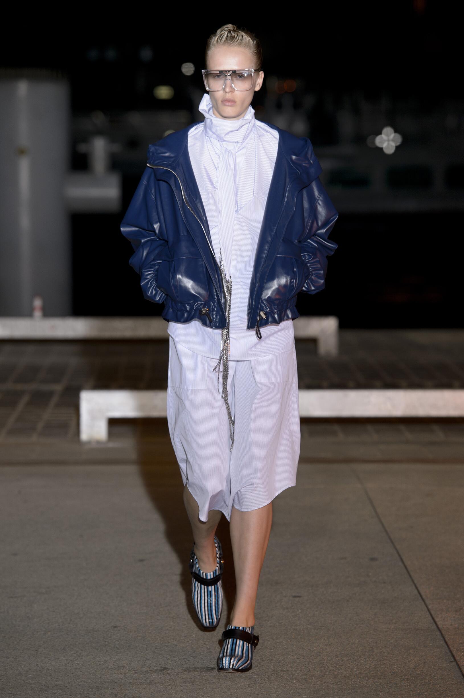 Fashion Woman Model Wanda Nylon Catwalk