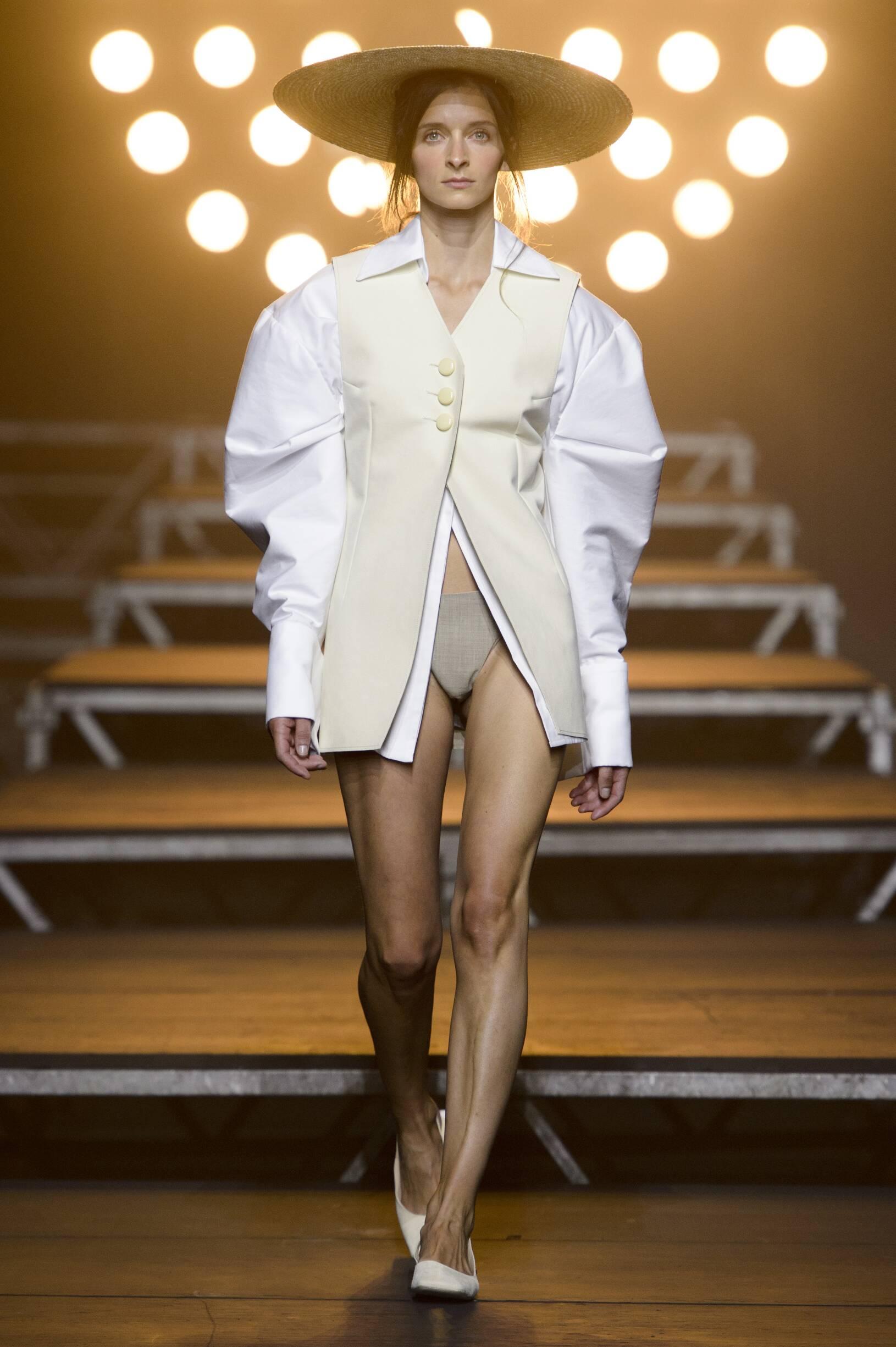 Jacquemus Fashion Show SS 2017