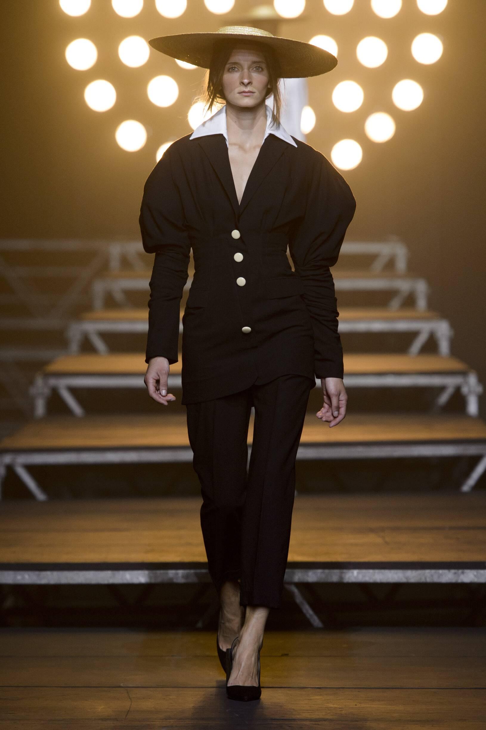 Jacquemus SS 2017 Womenswear