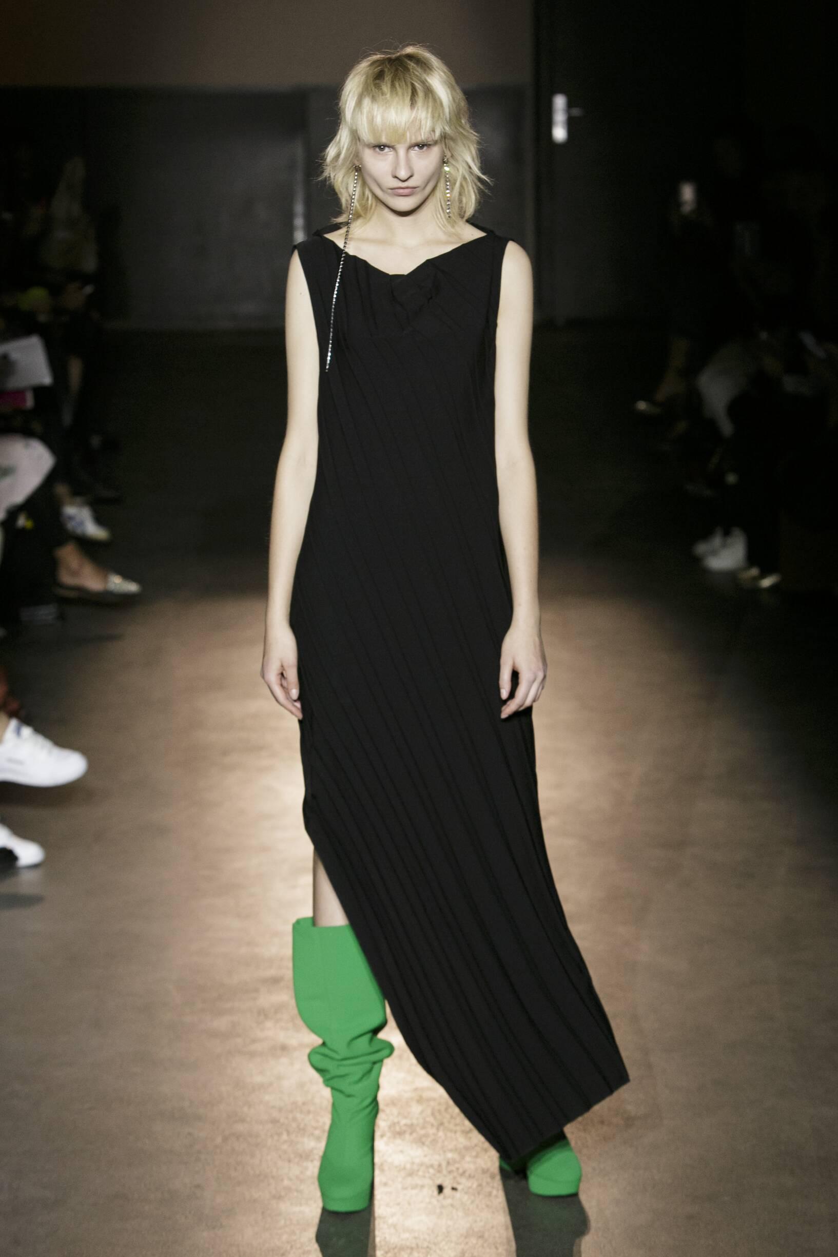 Lutz Huelle Fashion Show SS 2017