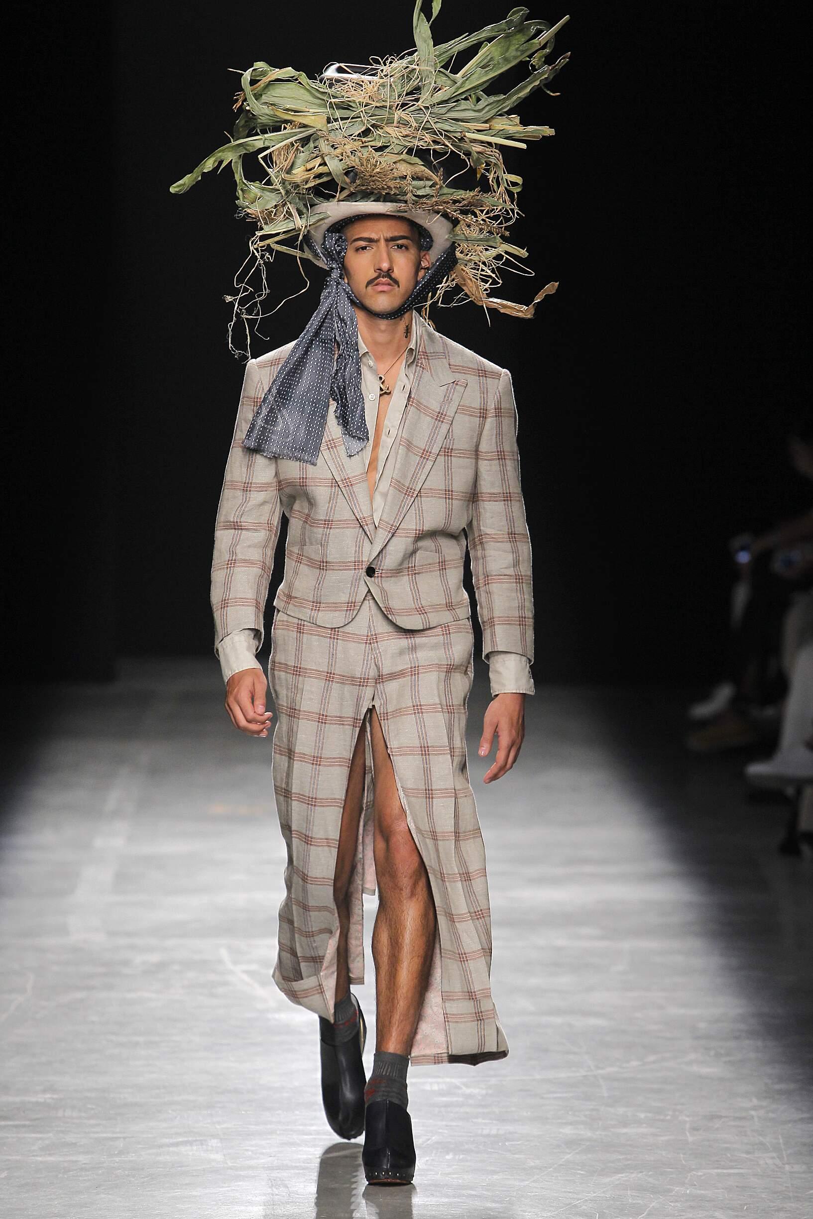 Man Fashion 2017 Catwalk Andreas Kronthaler for Vivienne Westwood