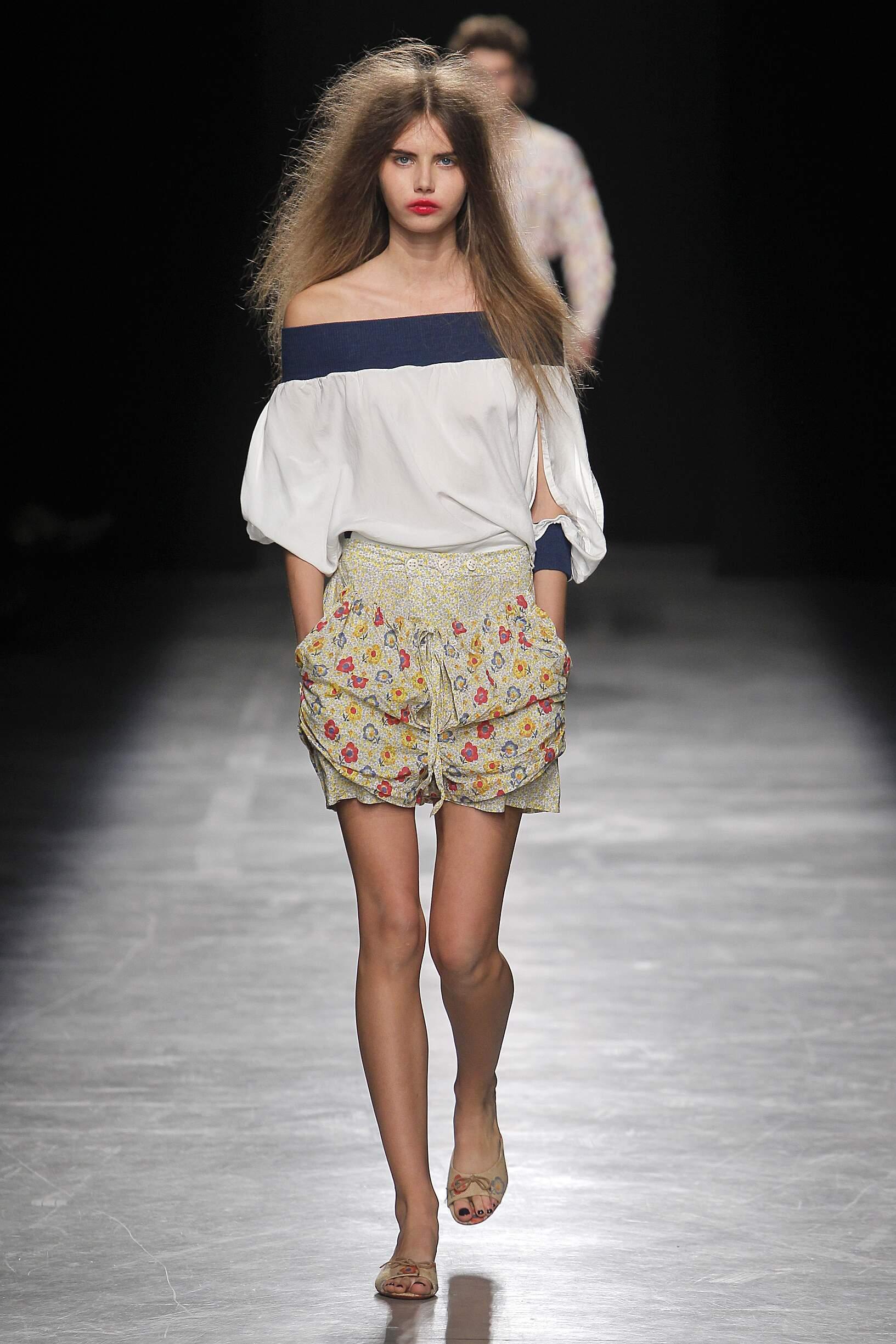 Model Fashion Show Andreas Kronthaler for Vivienne Westwood