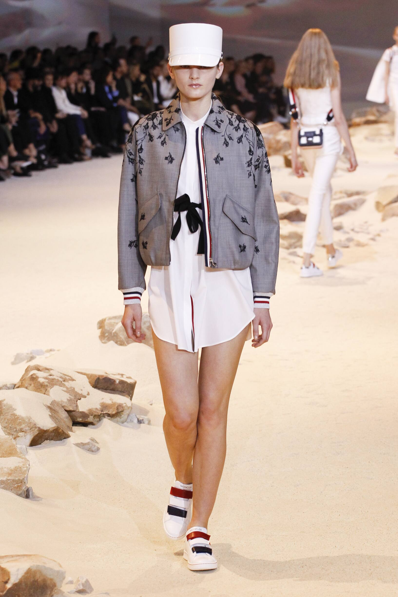 Model Fashion Show Moncler Gamme Rouge