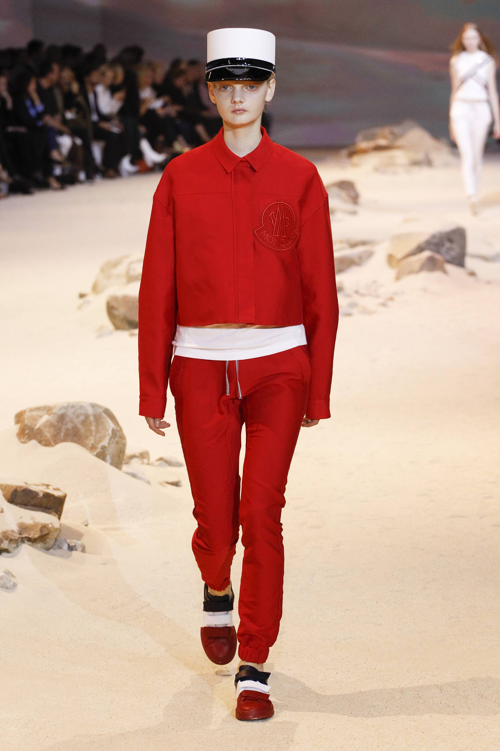 Moncler Gamme Rouge Fashion Show SS 2017