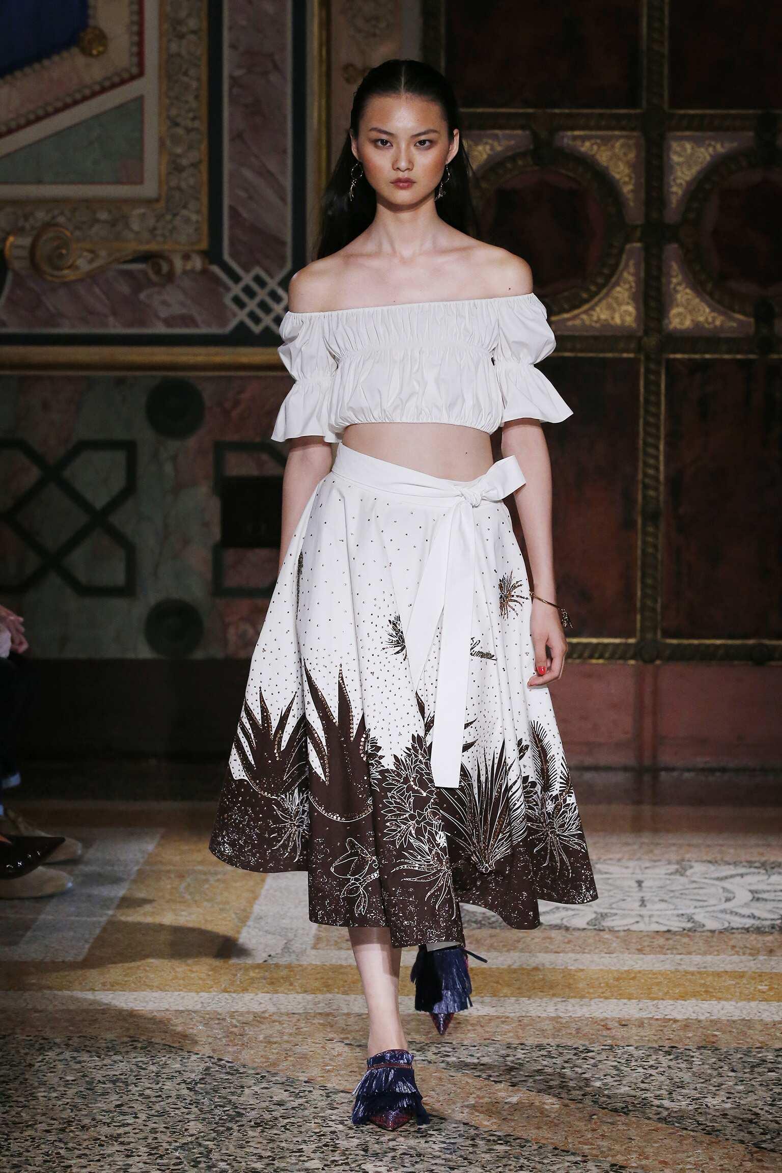 Runway Blumarine Spring Summer 2017 Women's Collection Milan Fashion Week