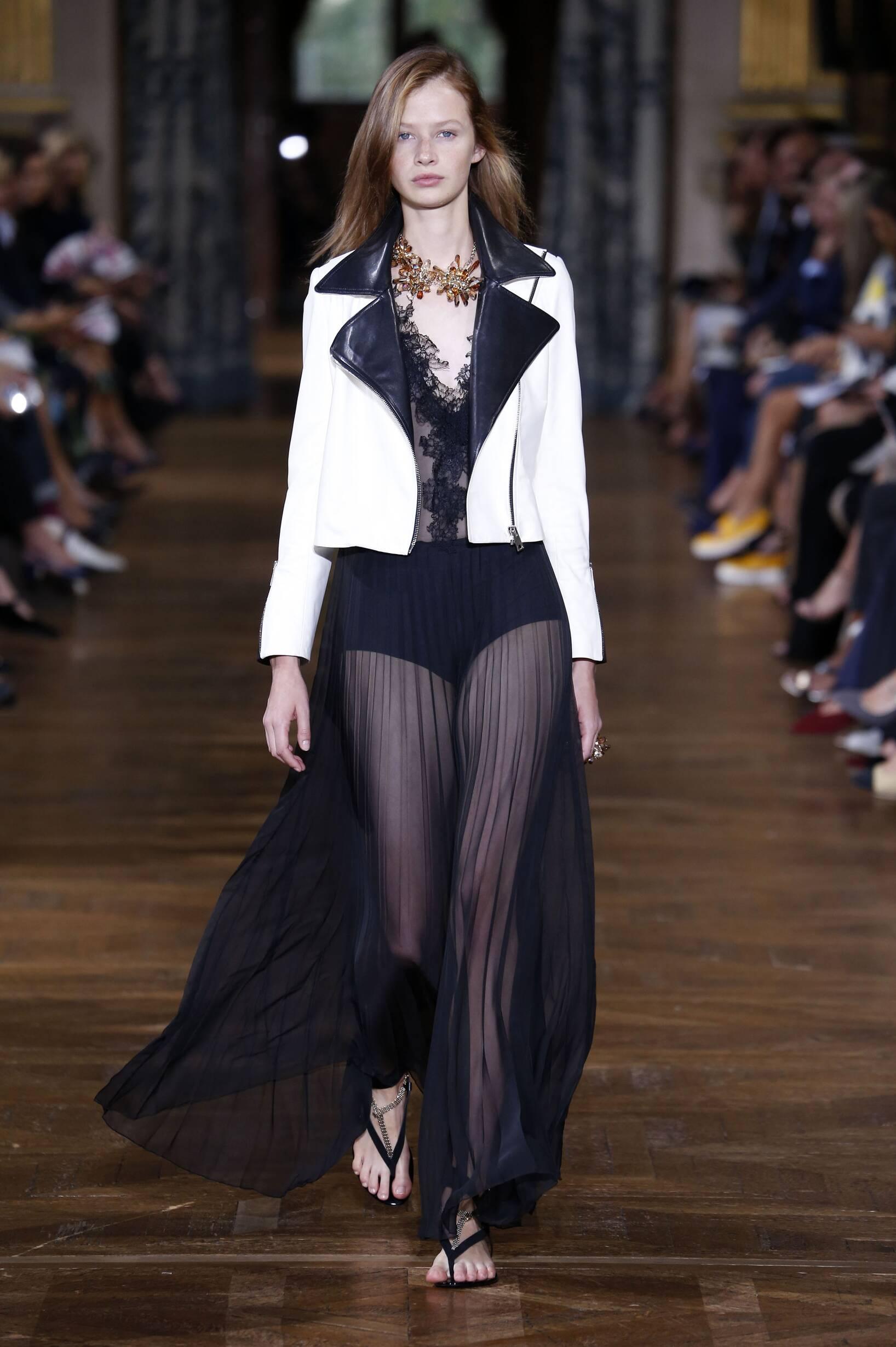 Runway Lanvin Spring Summer 2017 Women's Collection Paris Fashion Week