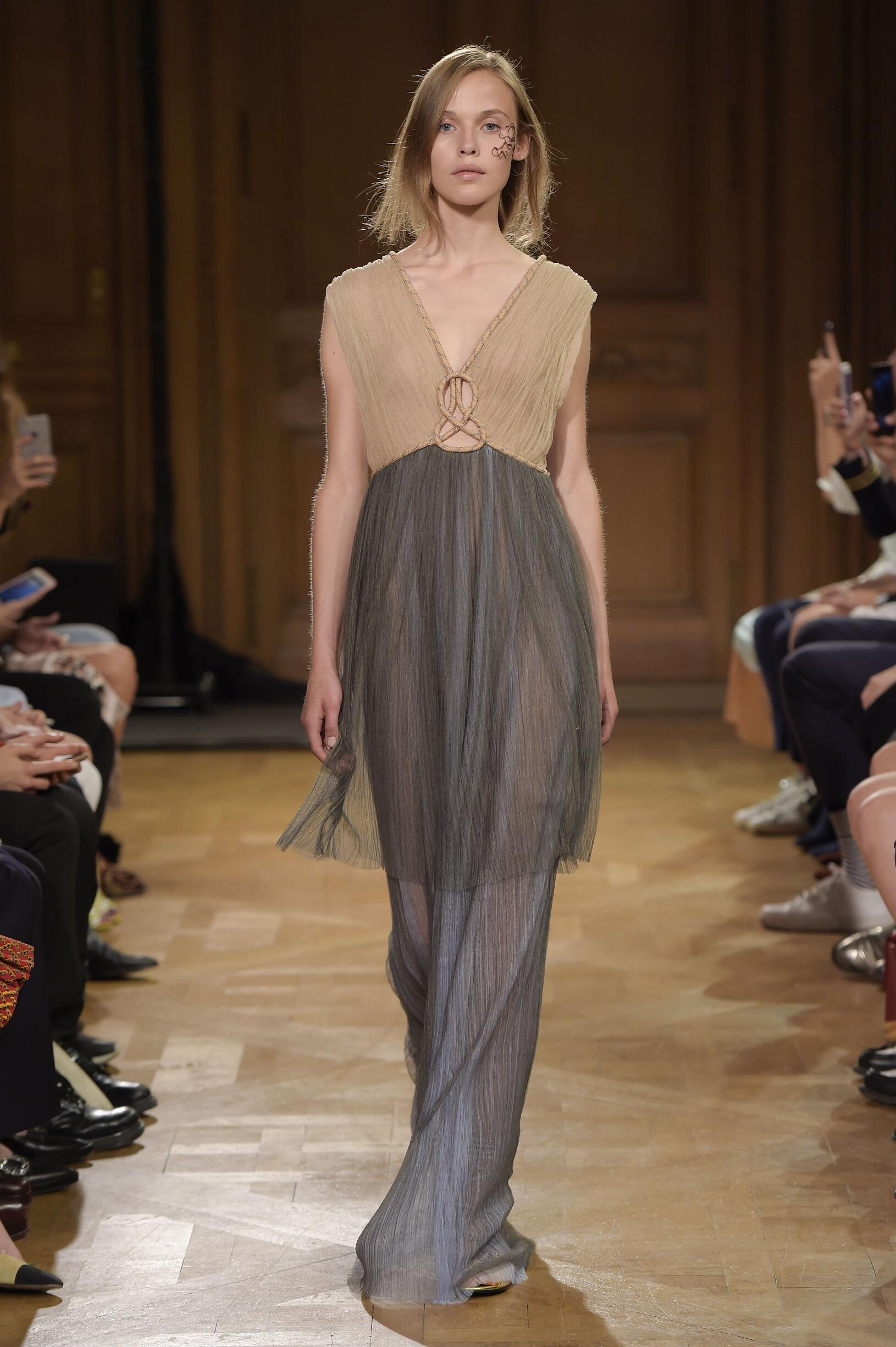 Runway Vionnet Spring Summer 2017 Women's Collection Paris Fashion Week