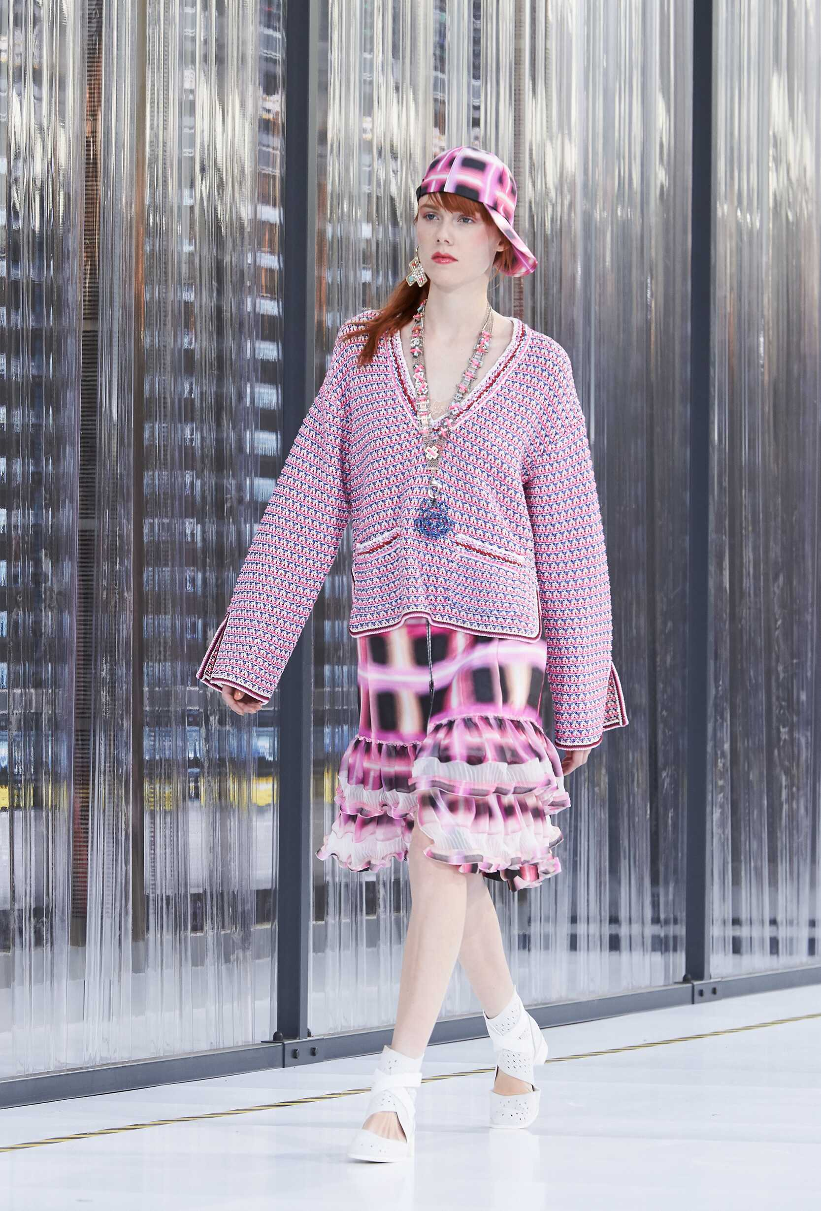 SS 2017 Chanel Fashion Show Paris Fashion Week