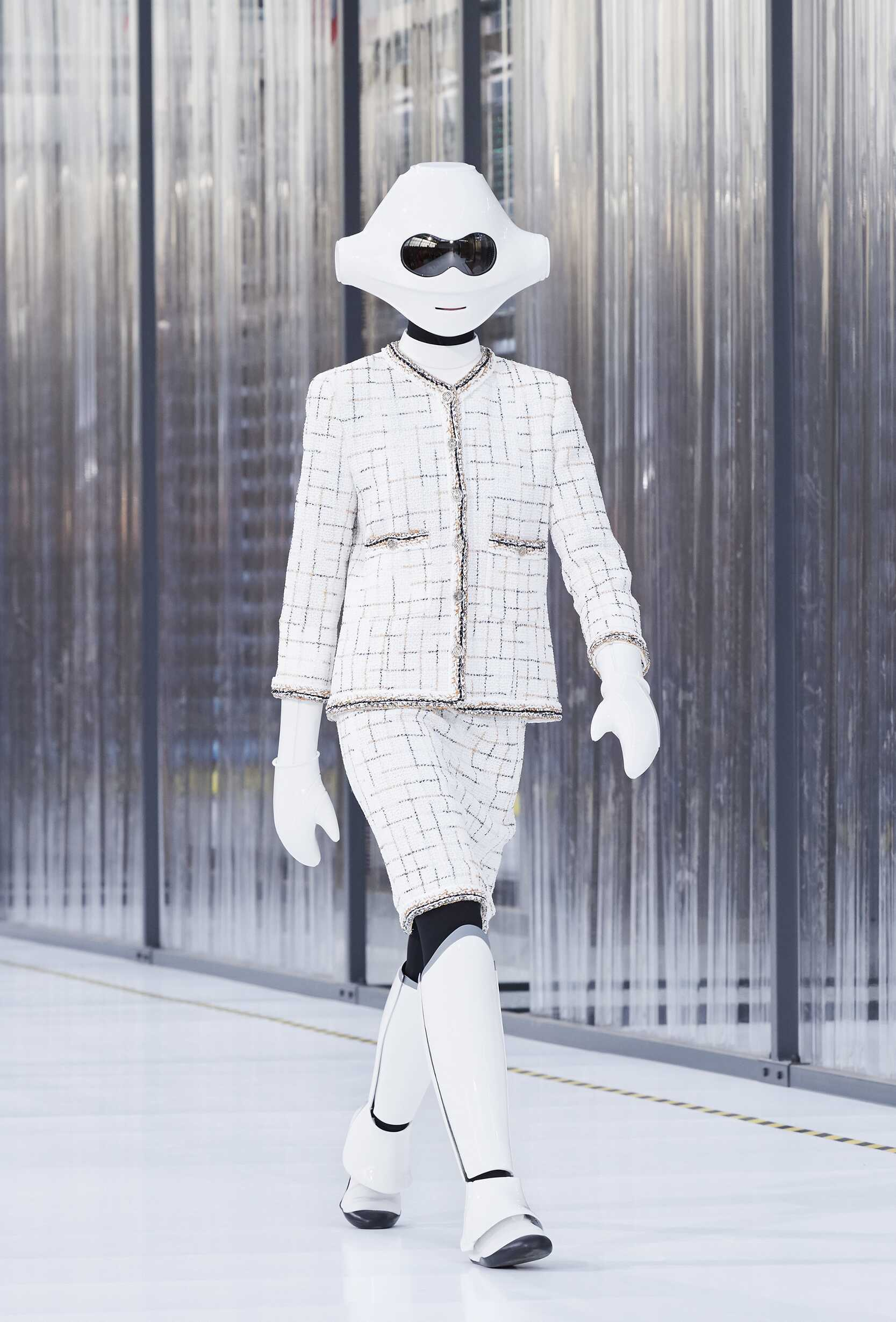 SS 2017 Chanel Fashion Show