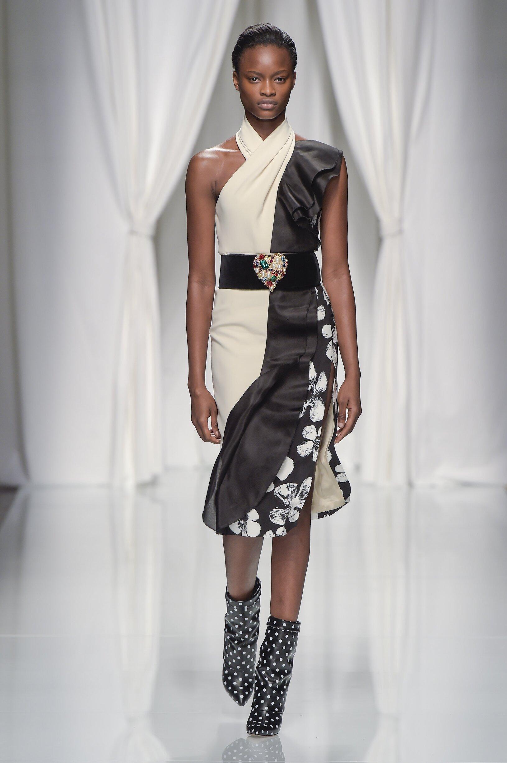 SS 2017 Fashion Show Emanuel Ungaro