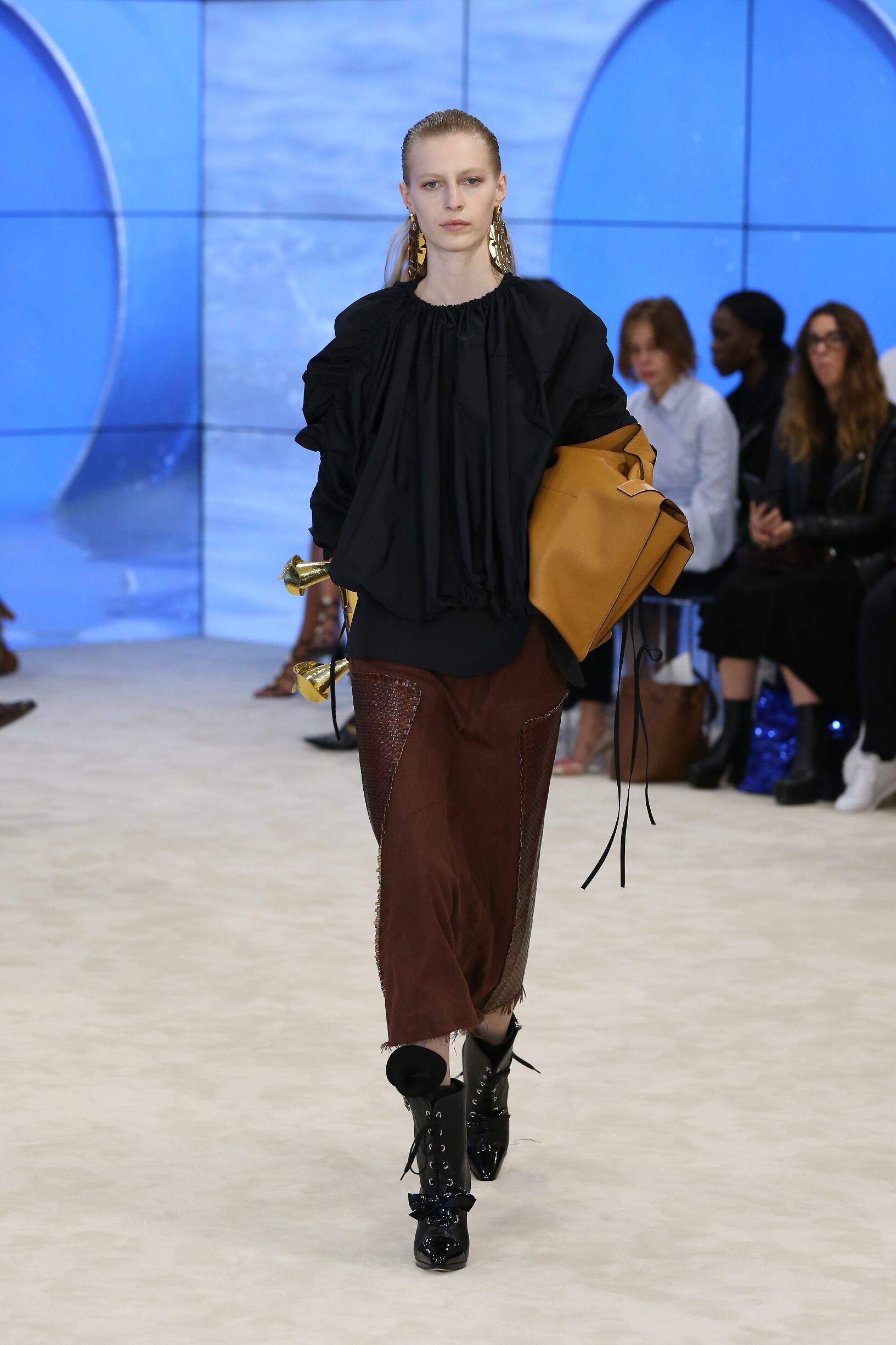 SS 2017 Fashion Show Loewe