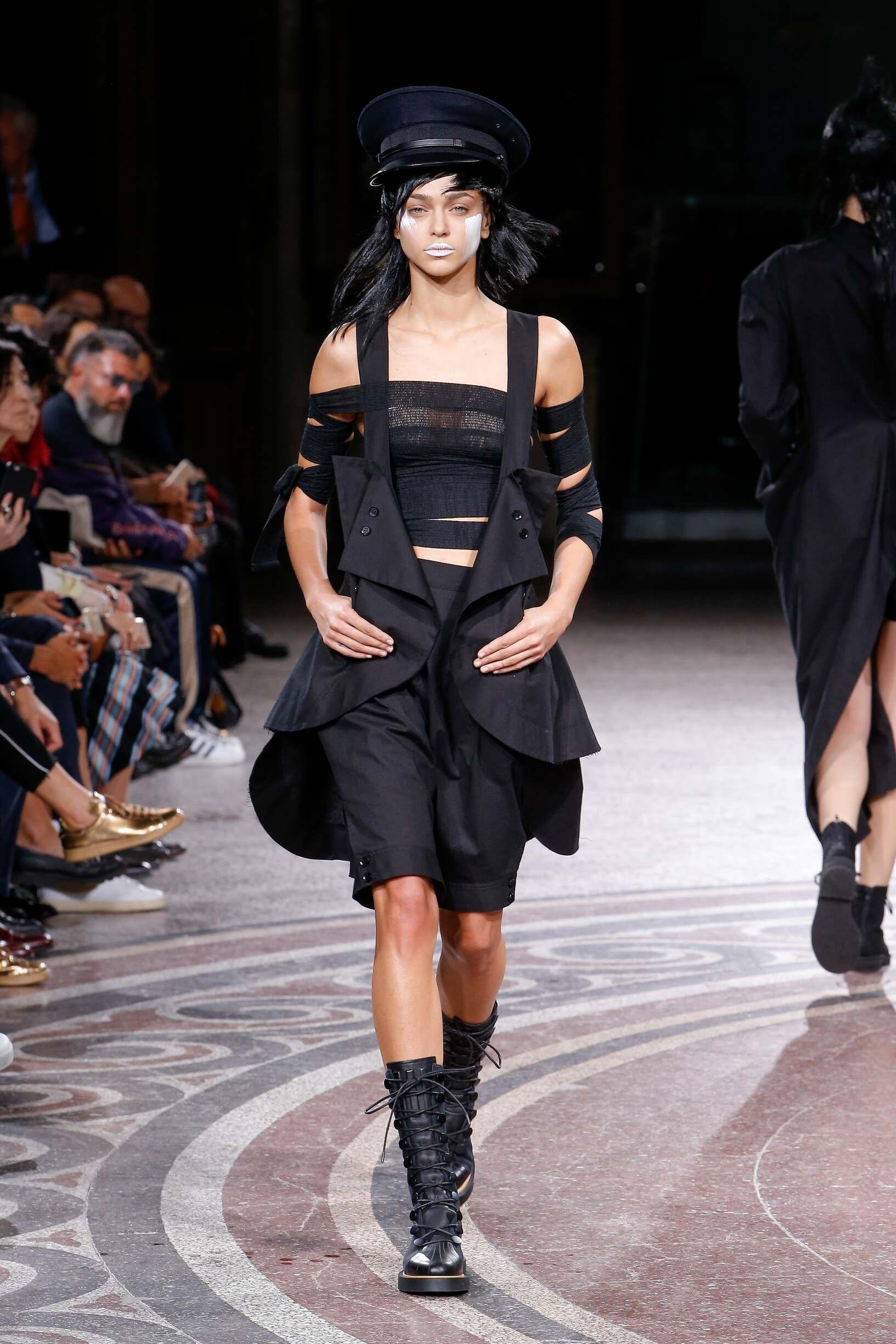 SS 2017 Fashion Show Yohji Yamamoto