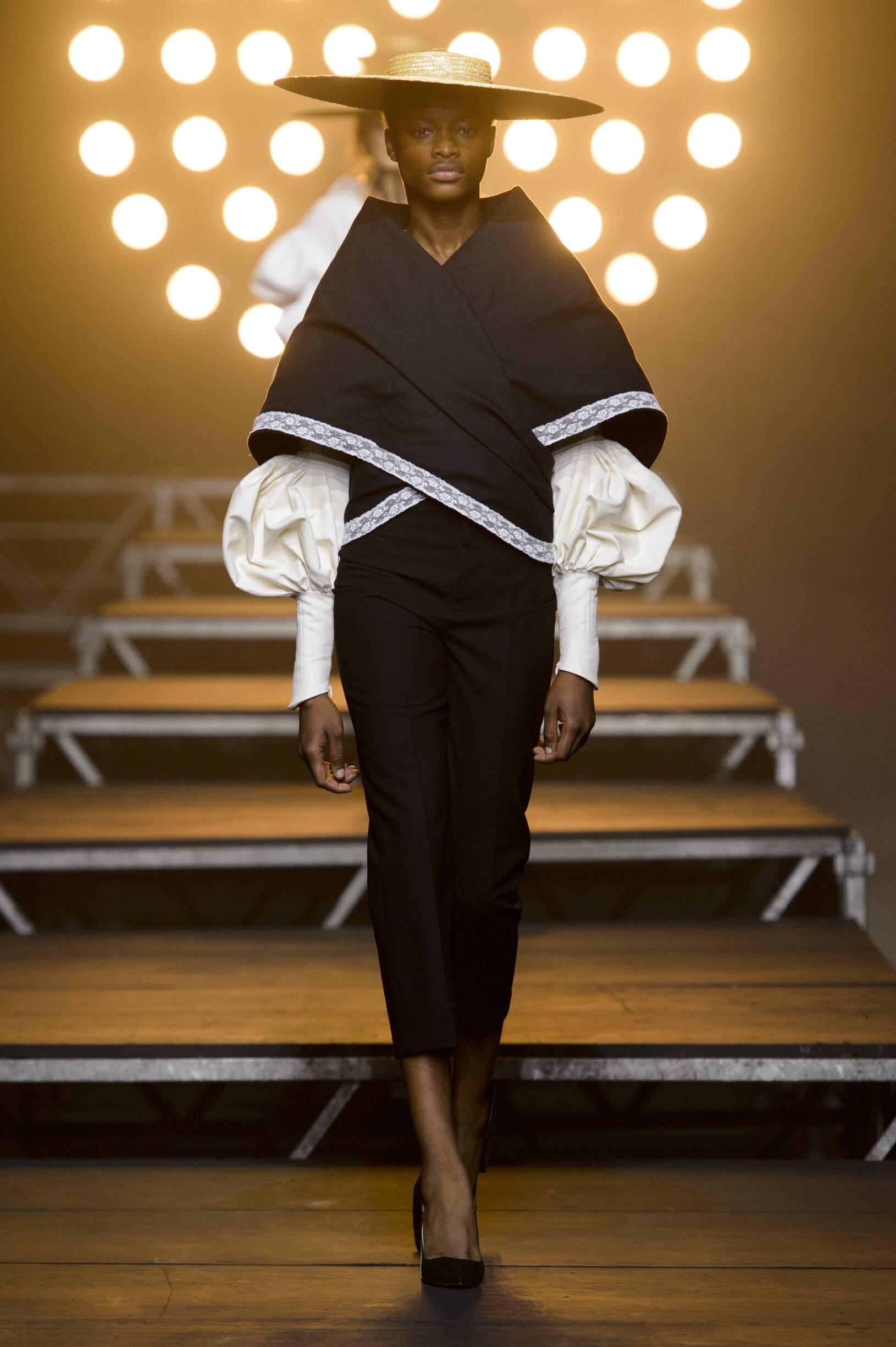 SS 2017 Jacquemus Fashion Show