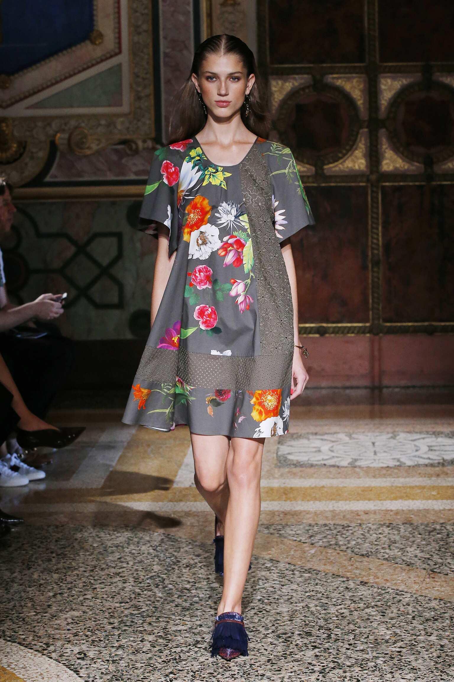 Spring 2017 Womenswear Blumarine