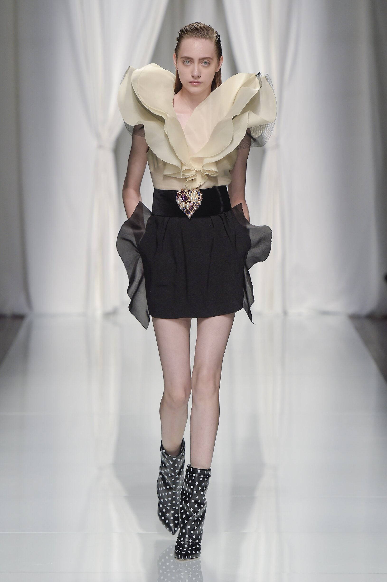 Spring 2017 Womenswear Emanuel Ungaro