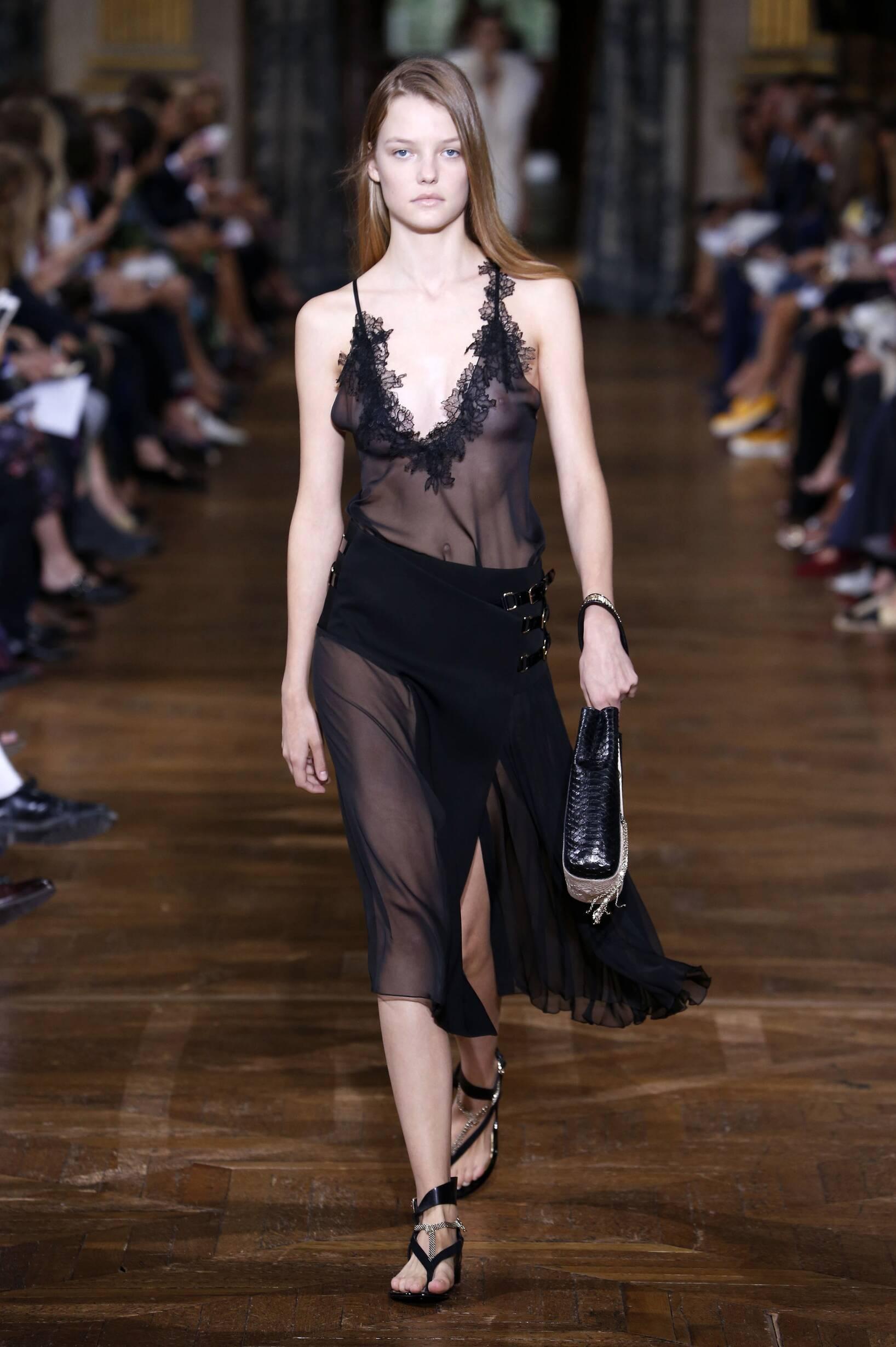 Spring 2017 Womenswear Lanvin
