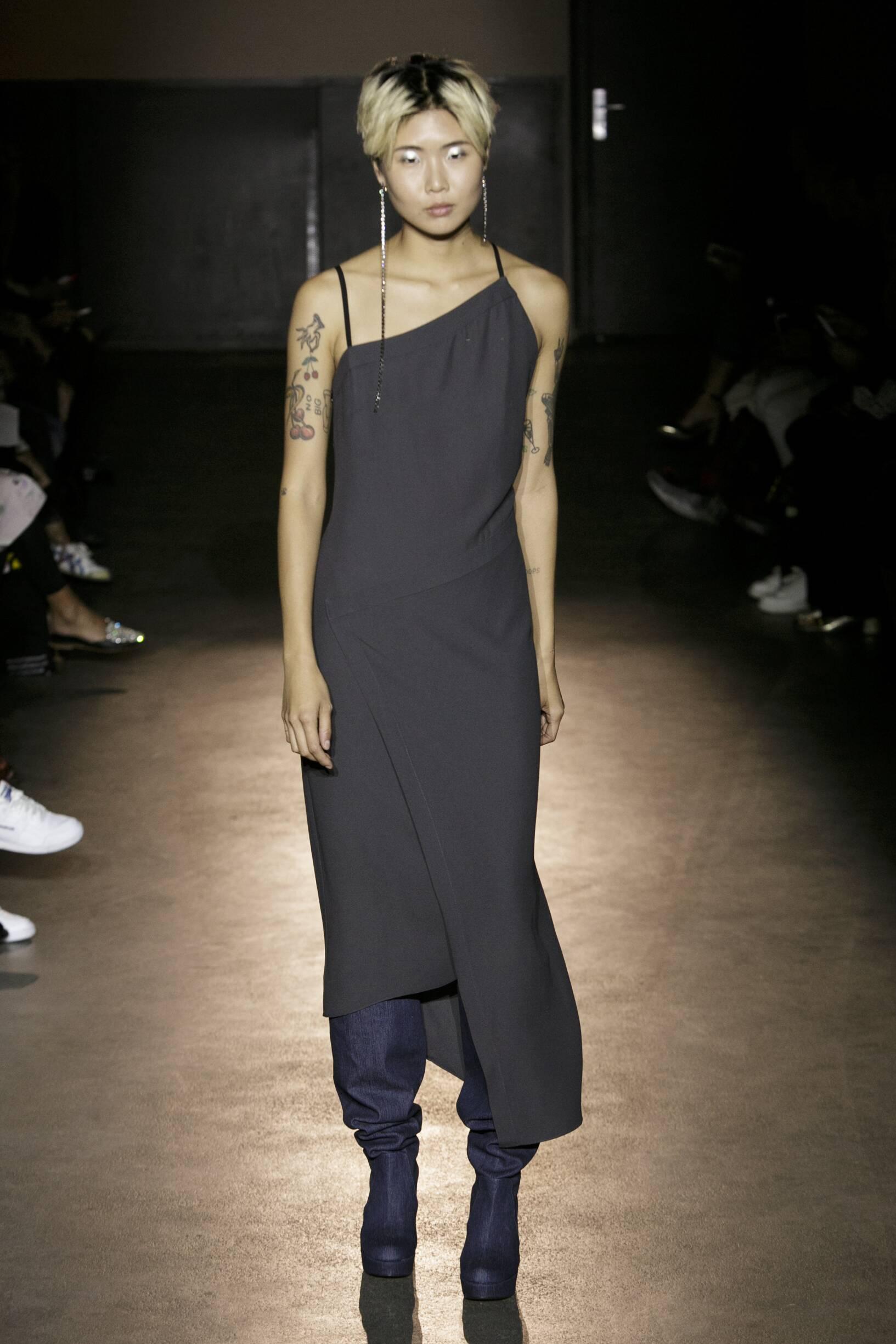 Spring 2017 Womenswear Lutz Huelle