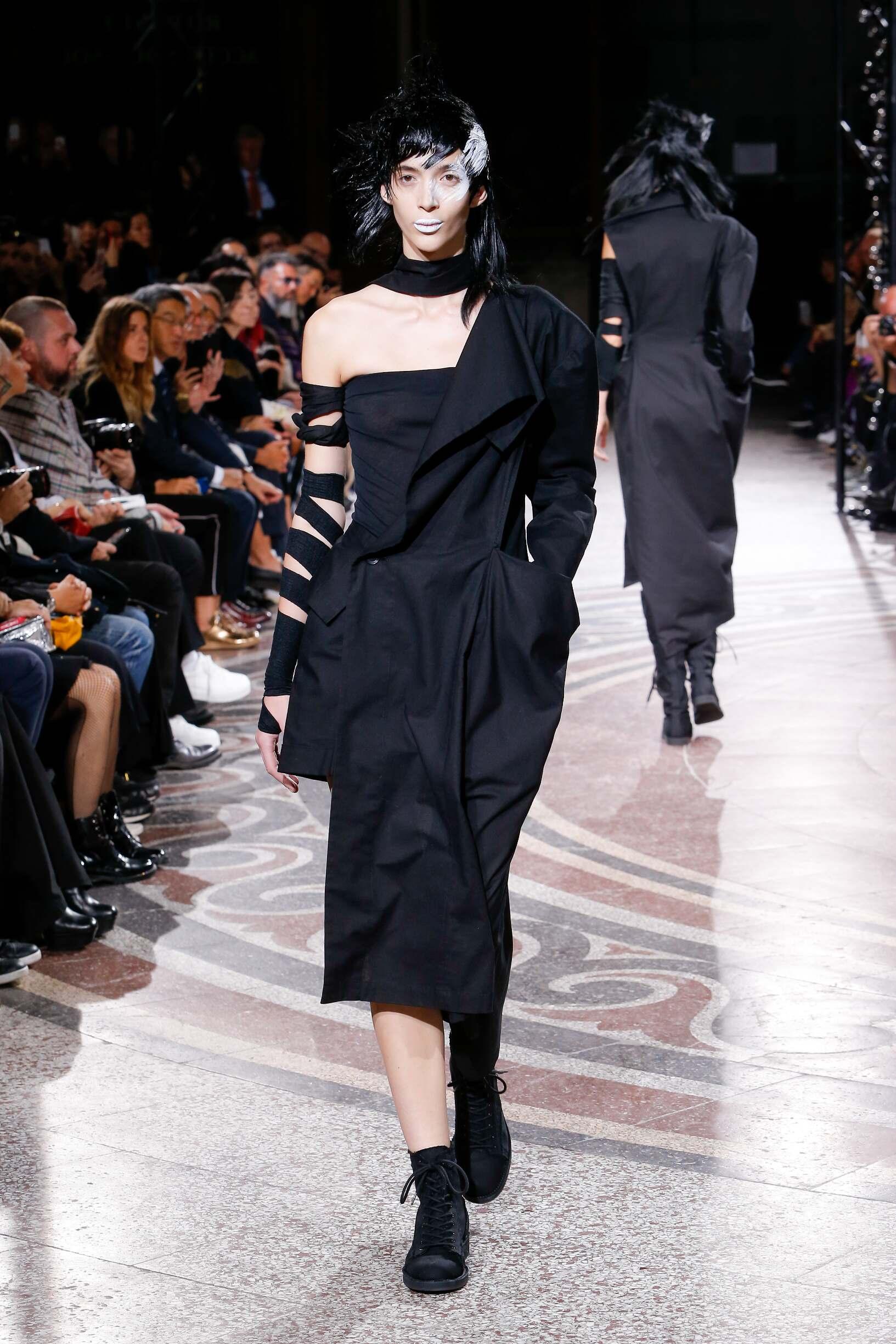 Spring 2017 Womenswear Yohji Yamamoto
