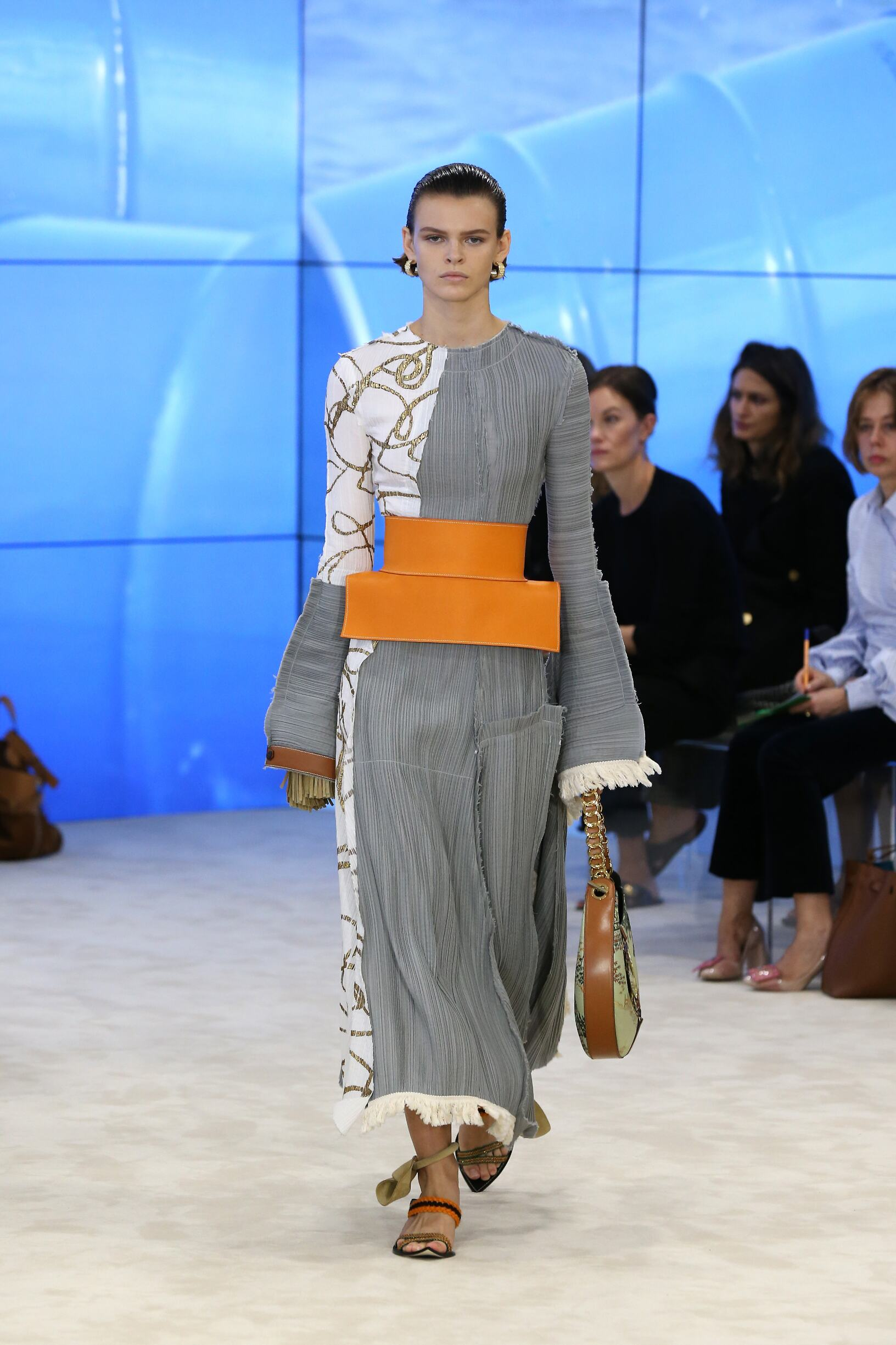 Spring Summer 2017 Woman Paris Loewe Collection