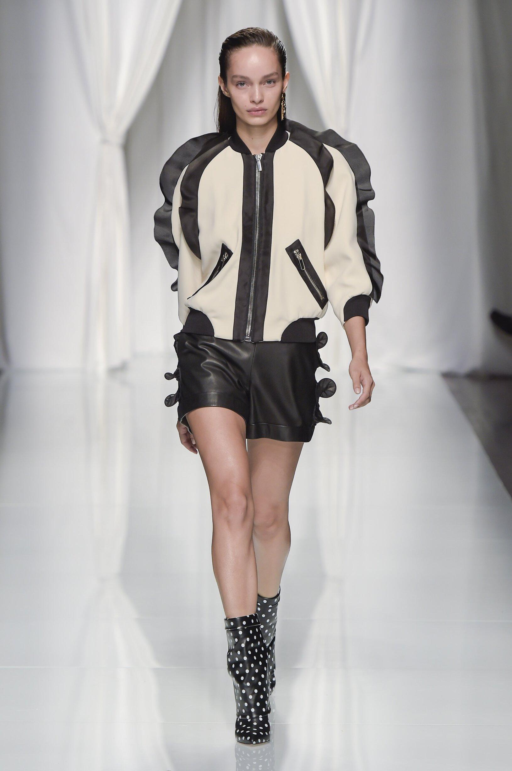 Summer 2017 Fashion Trends Emanuel Ungaro
